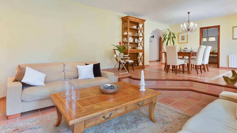 3-bed-pool-villa-luxury-ibiza