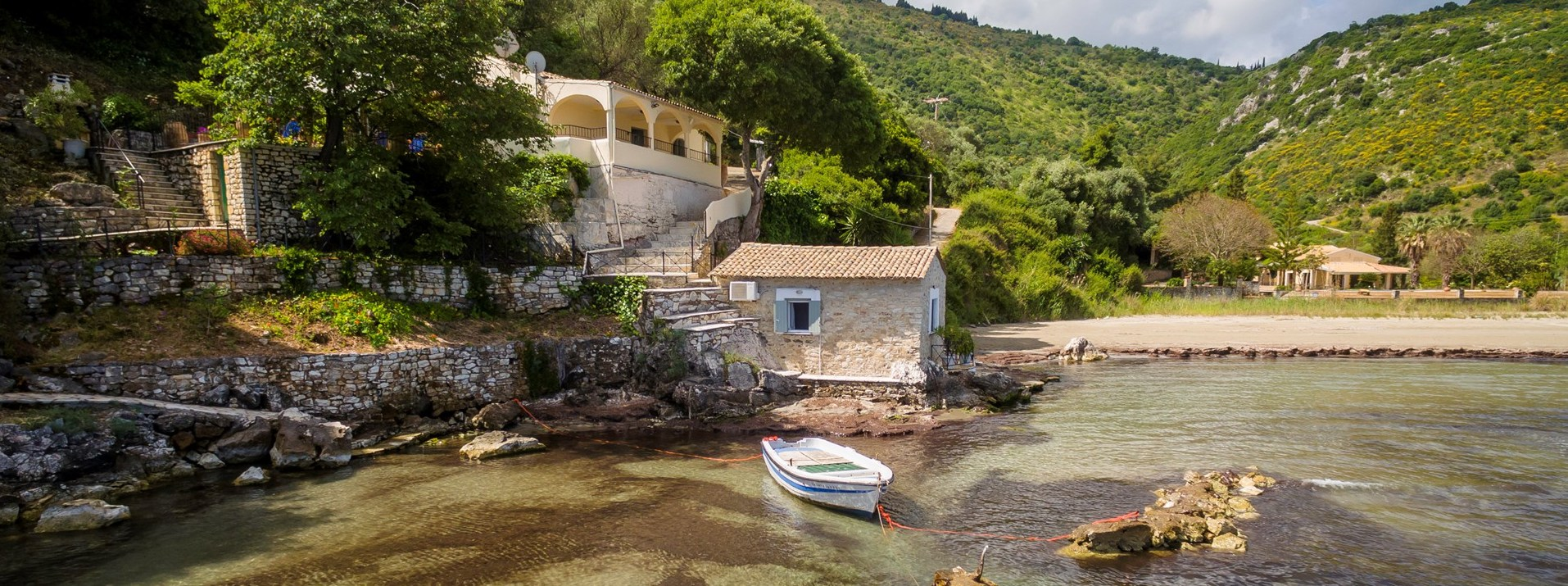sea-edge-3-bedroom-villa-corfu