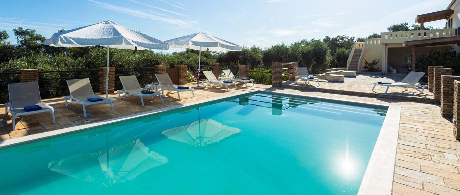 luxury-4-bed-family-villa-paxos