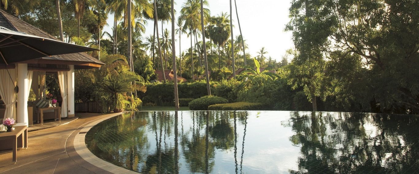 belmond-napasai-pool-garden