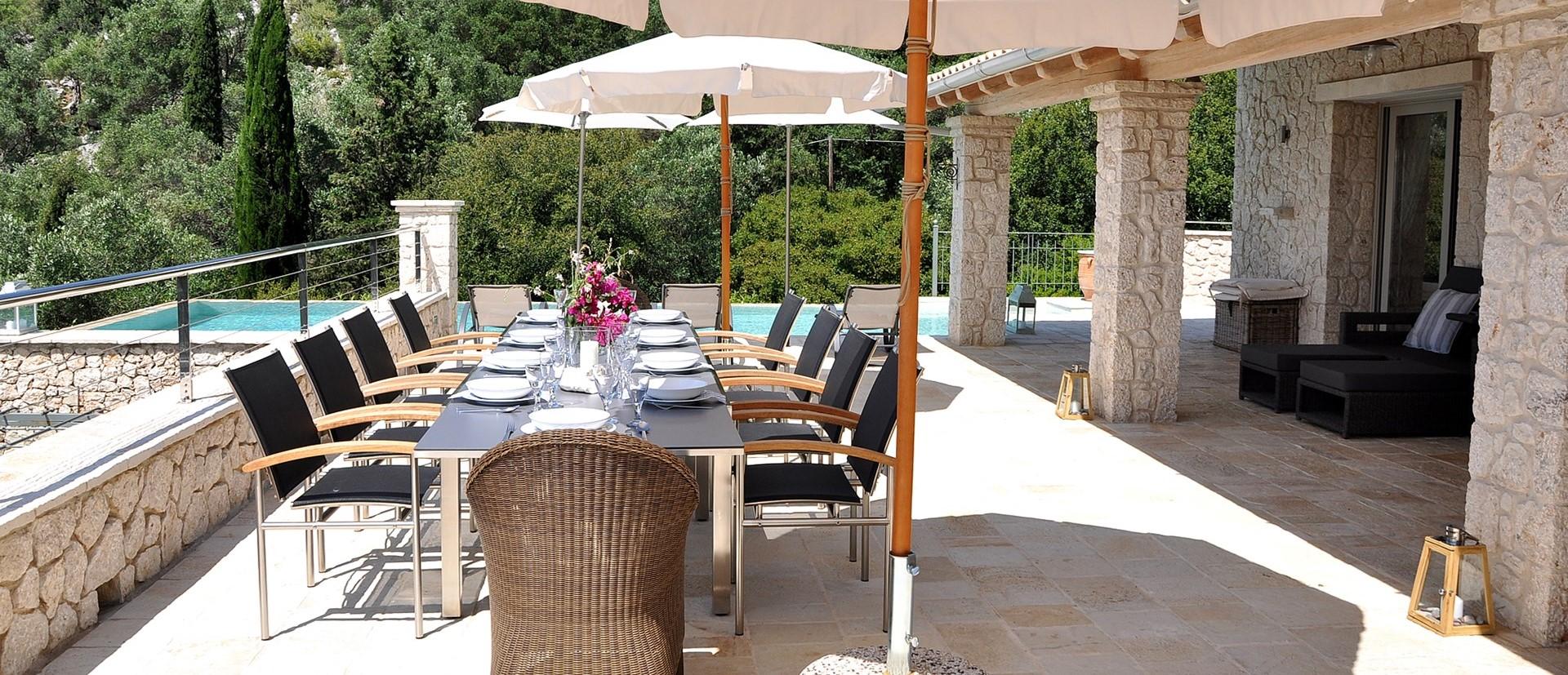 contemporary-5-bed-villa-corfu
