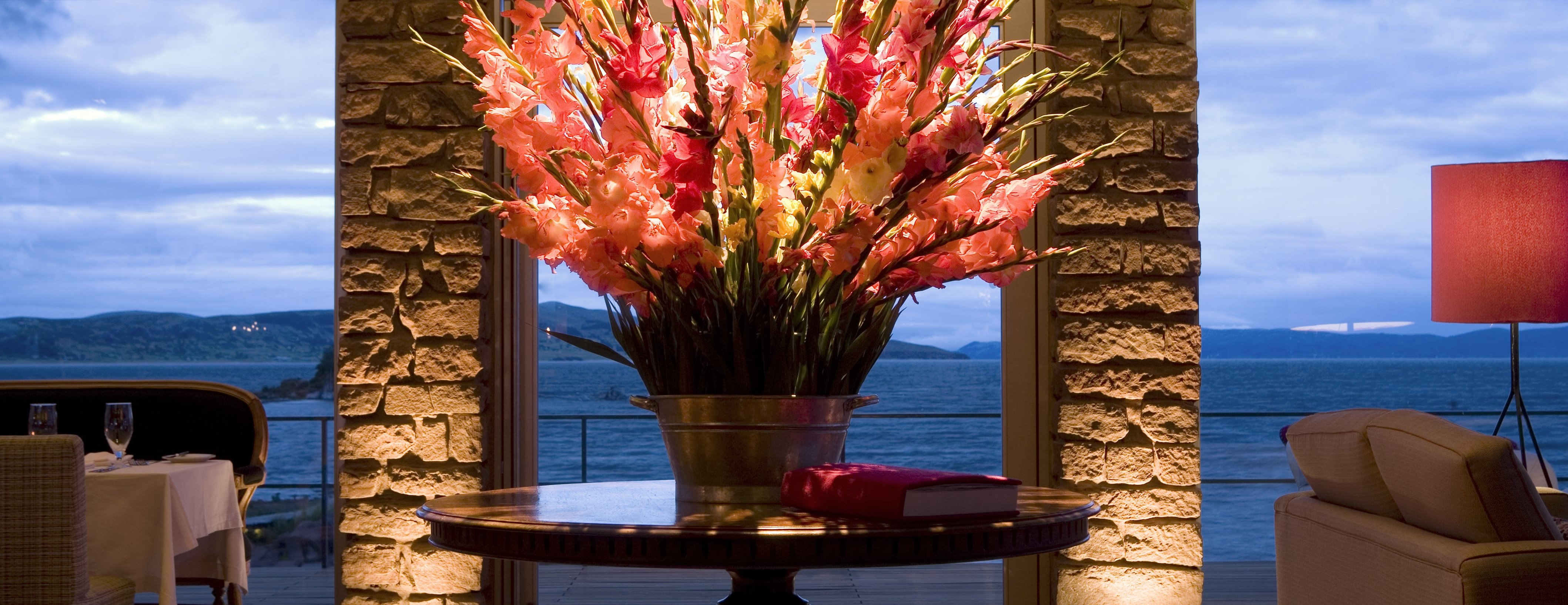 titilaka-flowers-lounge