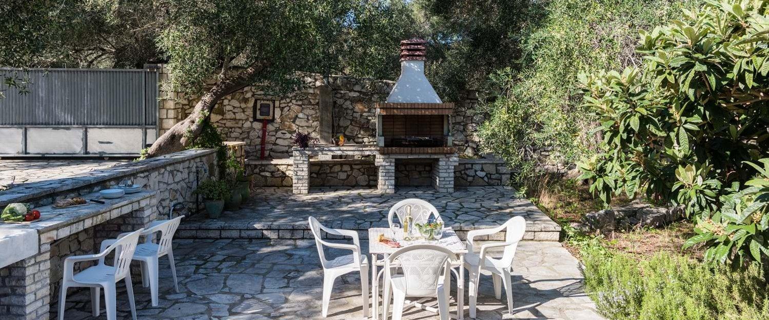 villa-iviscus-paxos-bbq-terrace