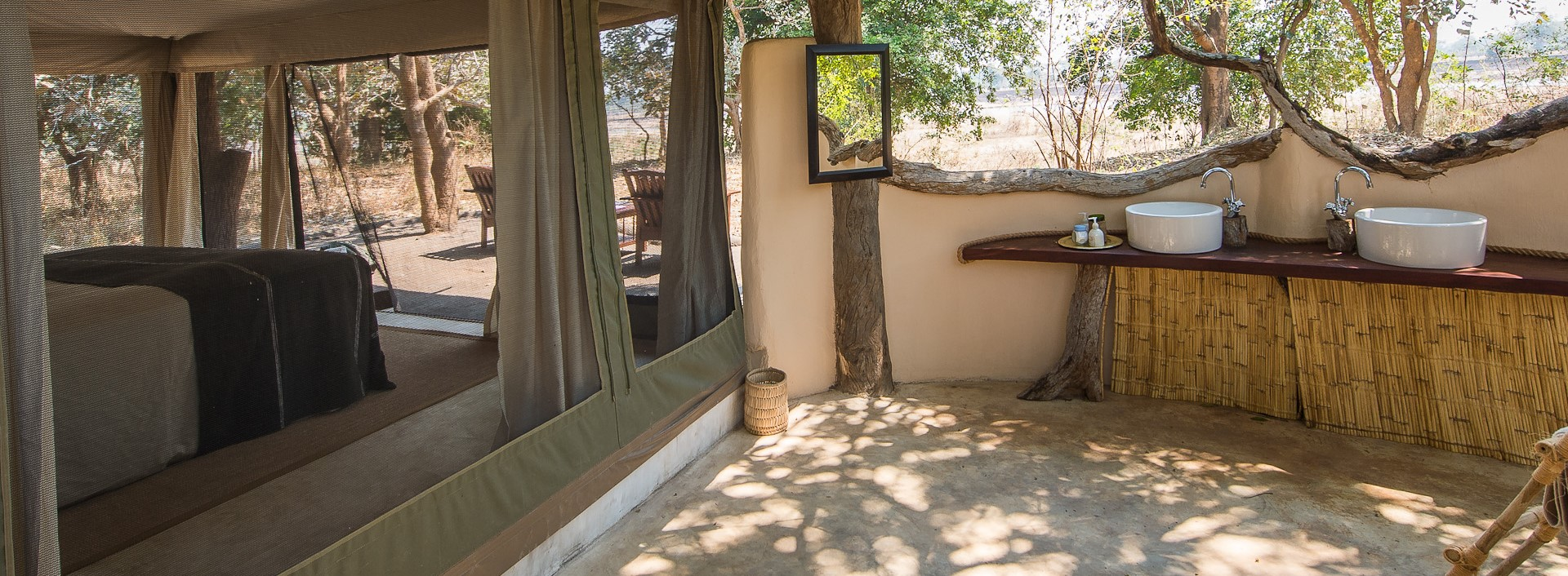 tena-tena-camp-safari-tent-bathroom