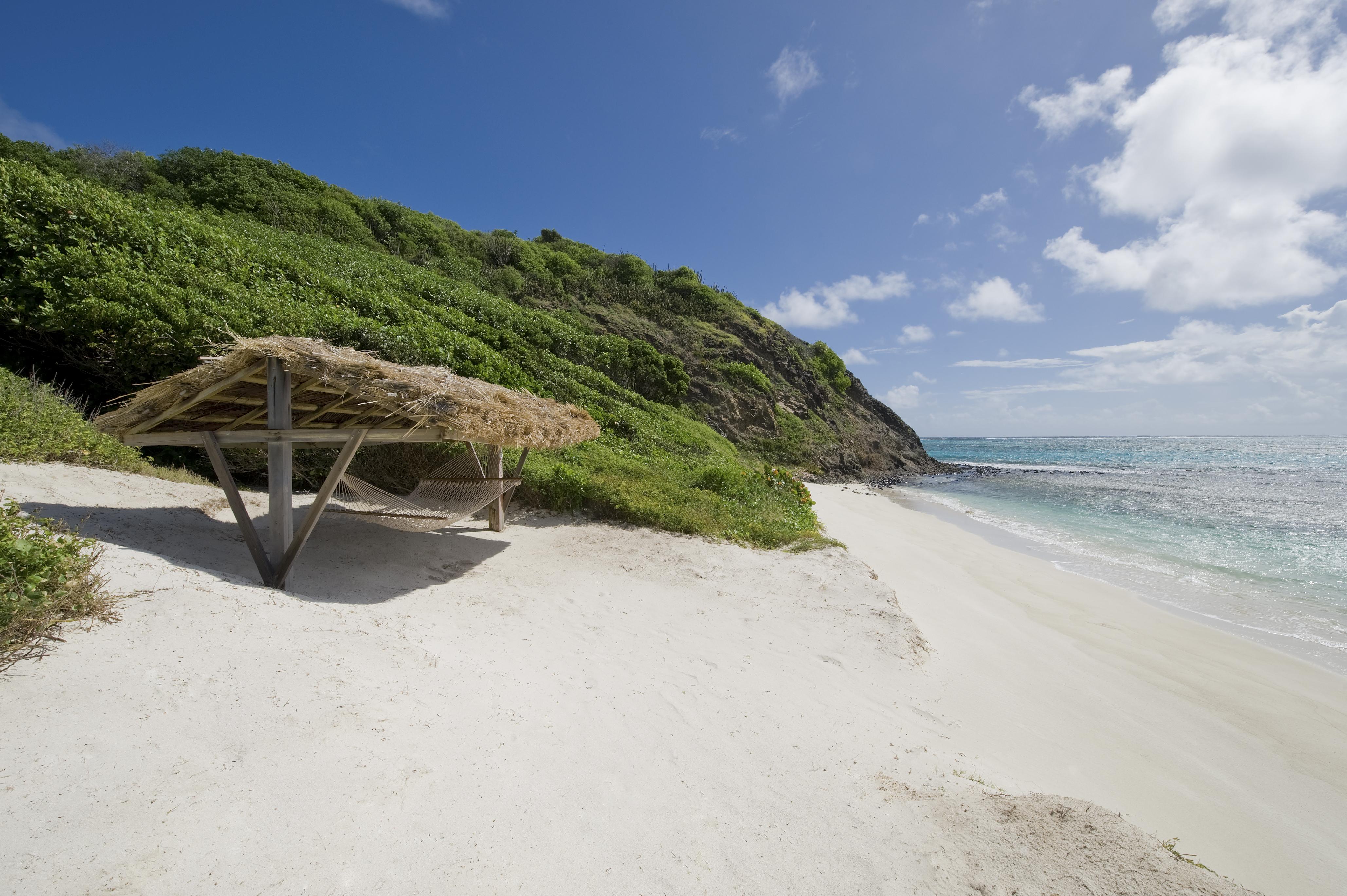 petit-st-vincent-beach-shack