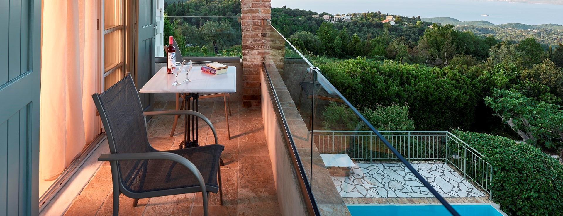 villa-kokkini-corfu-master-bedroom-terra