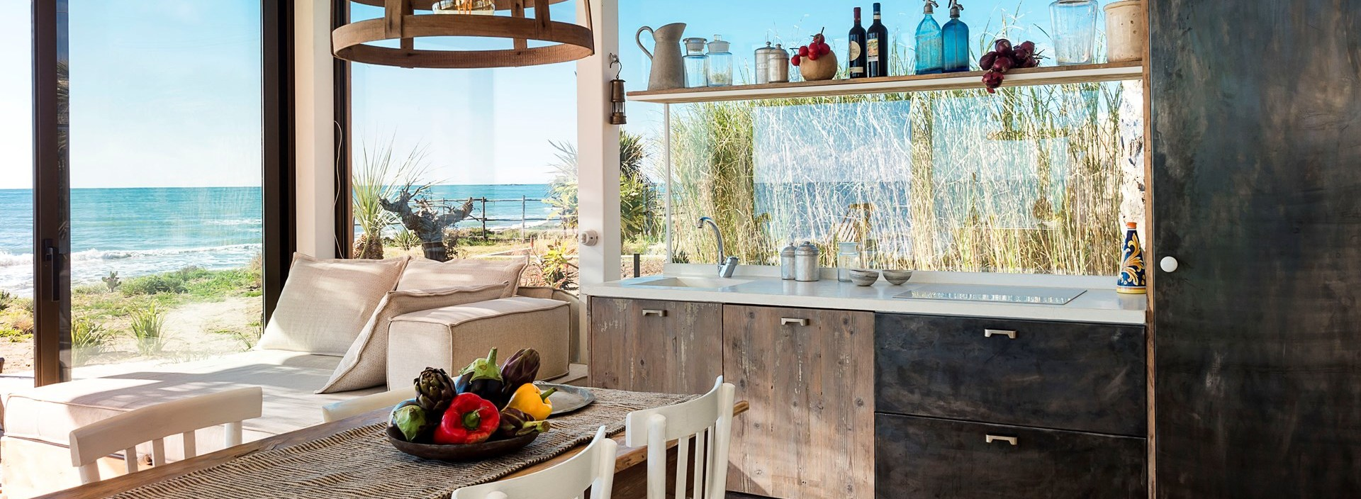 small-family-beach-villa-sicily