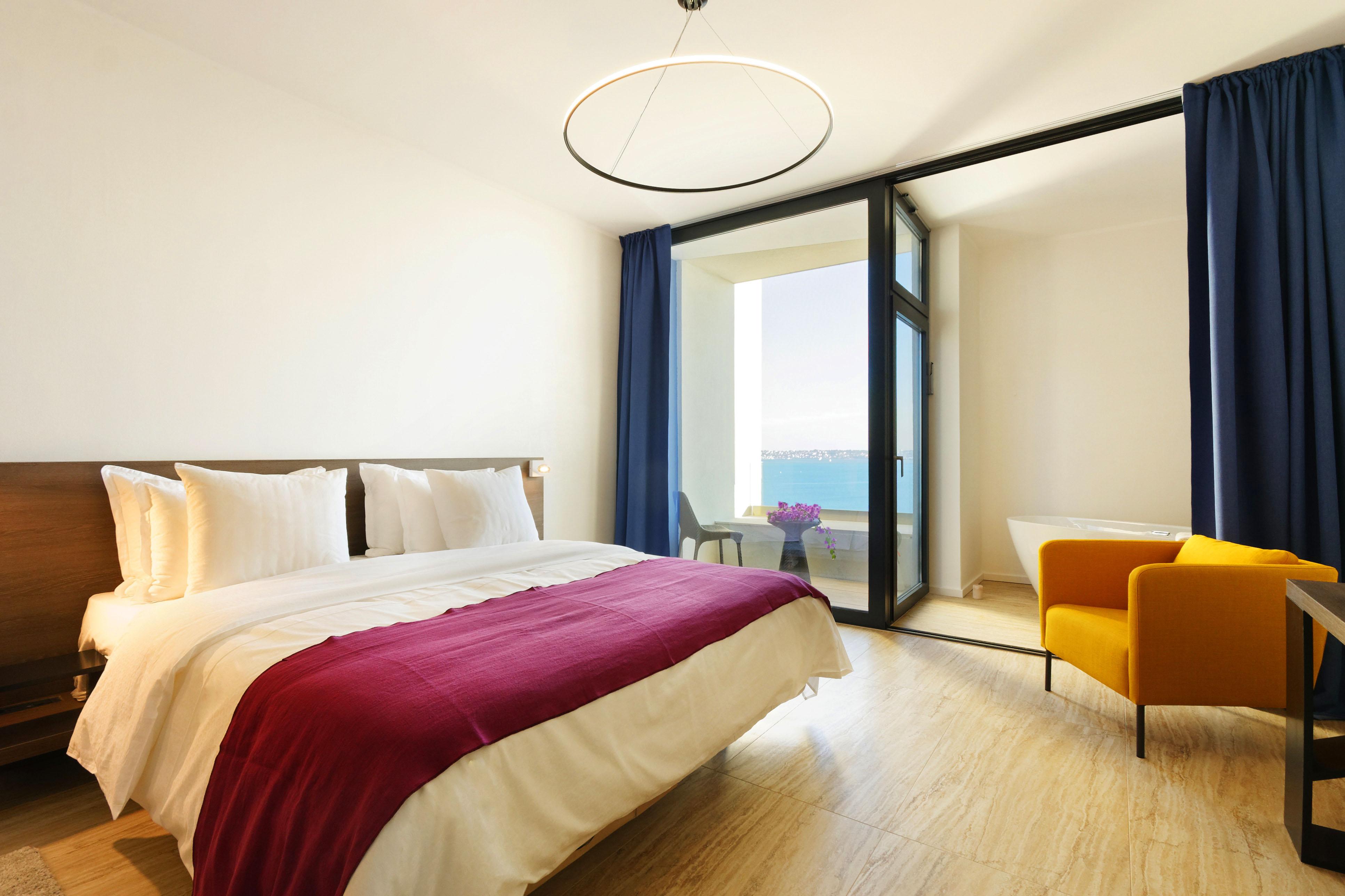 Standard-room-hotel-ola