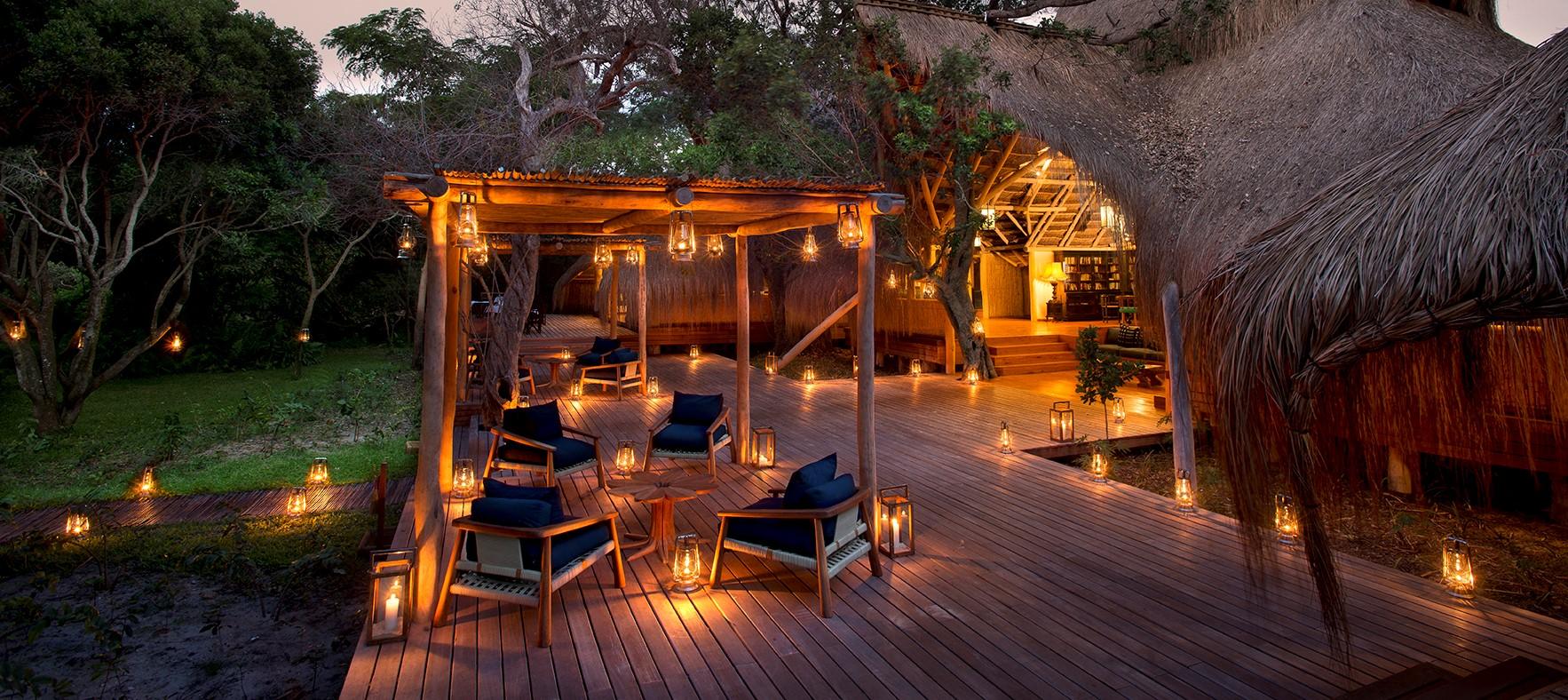benguerra-island-guest-lounge-deck
