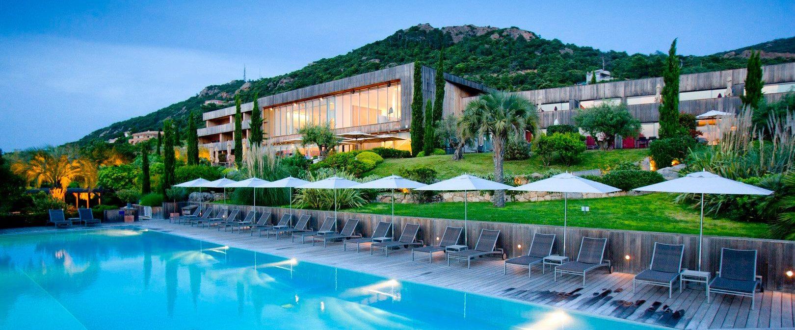 hotel-casadelmar-corsica-facade