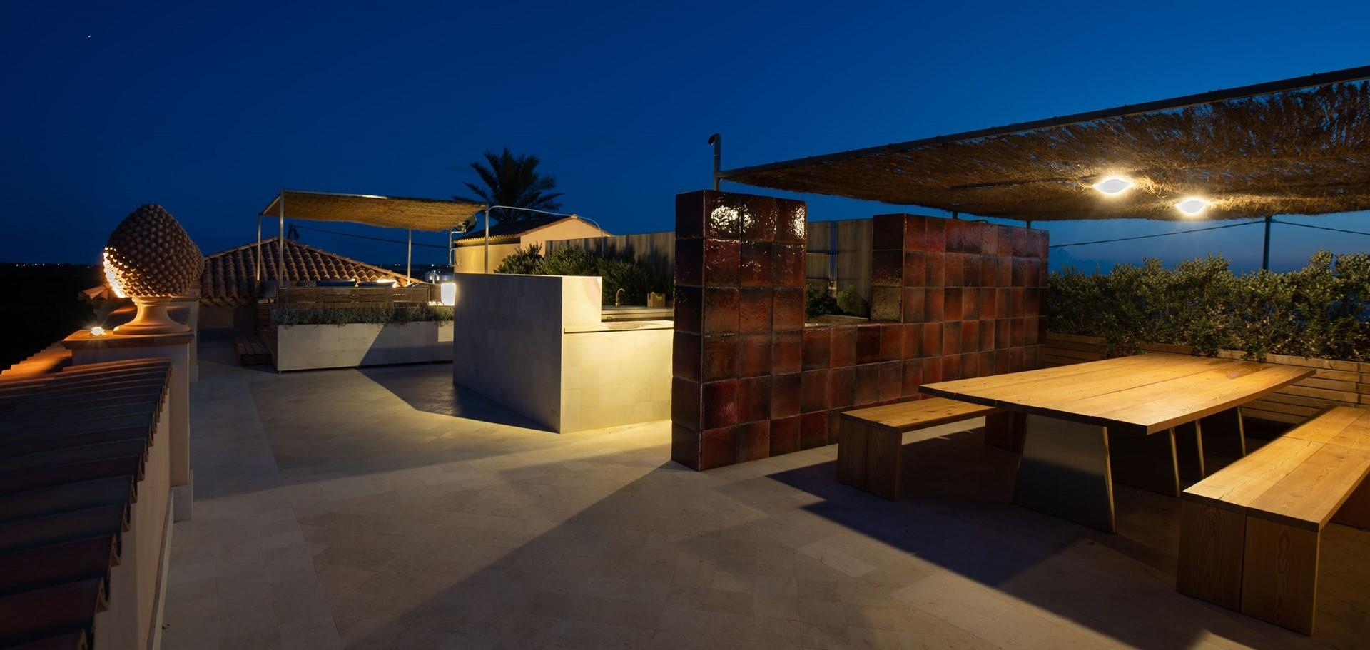 villa-dell-aquila-roof-terrace-living