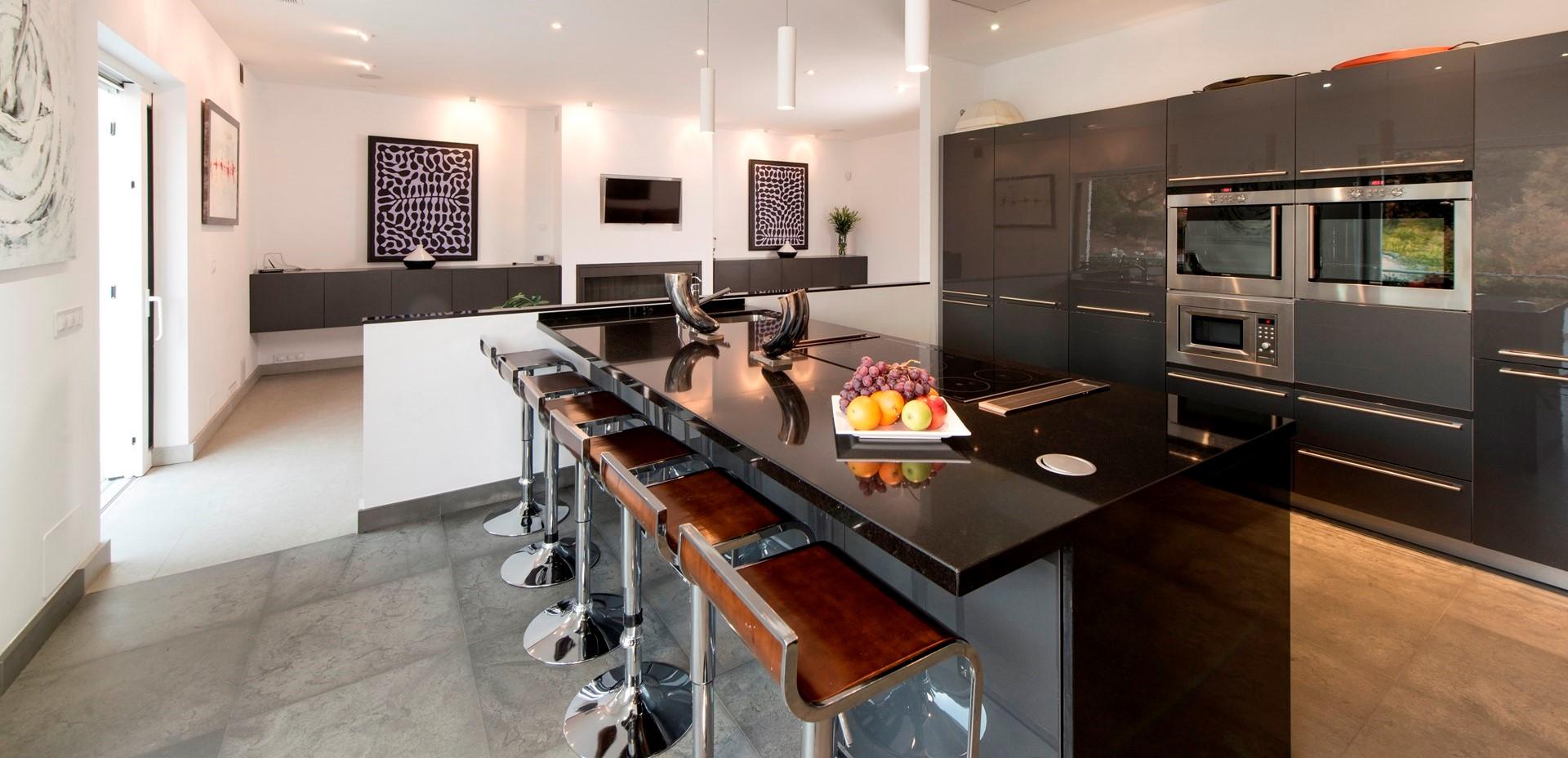 finca-jabali-luxury-villa-kitchen