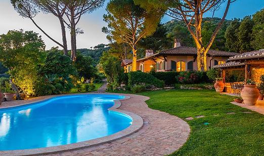 7-bedroom-luxury-villa-siena-tuscany.jpg