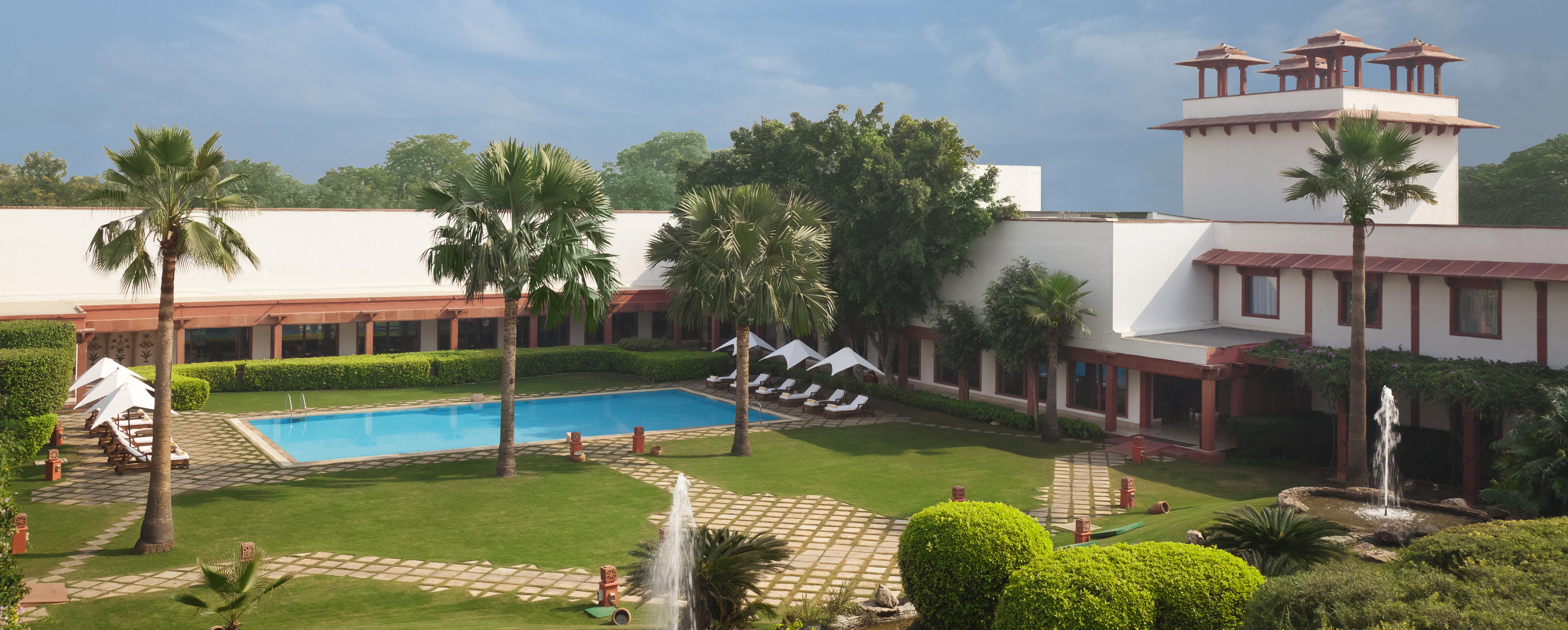 trident-hotel-agra-india