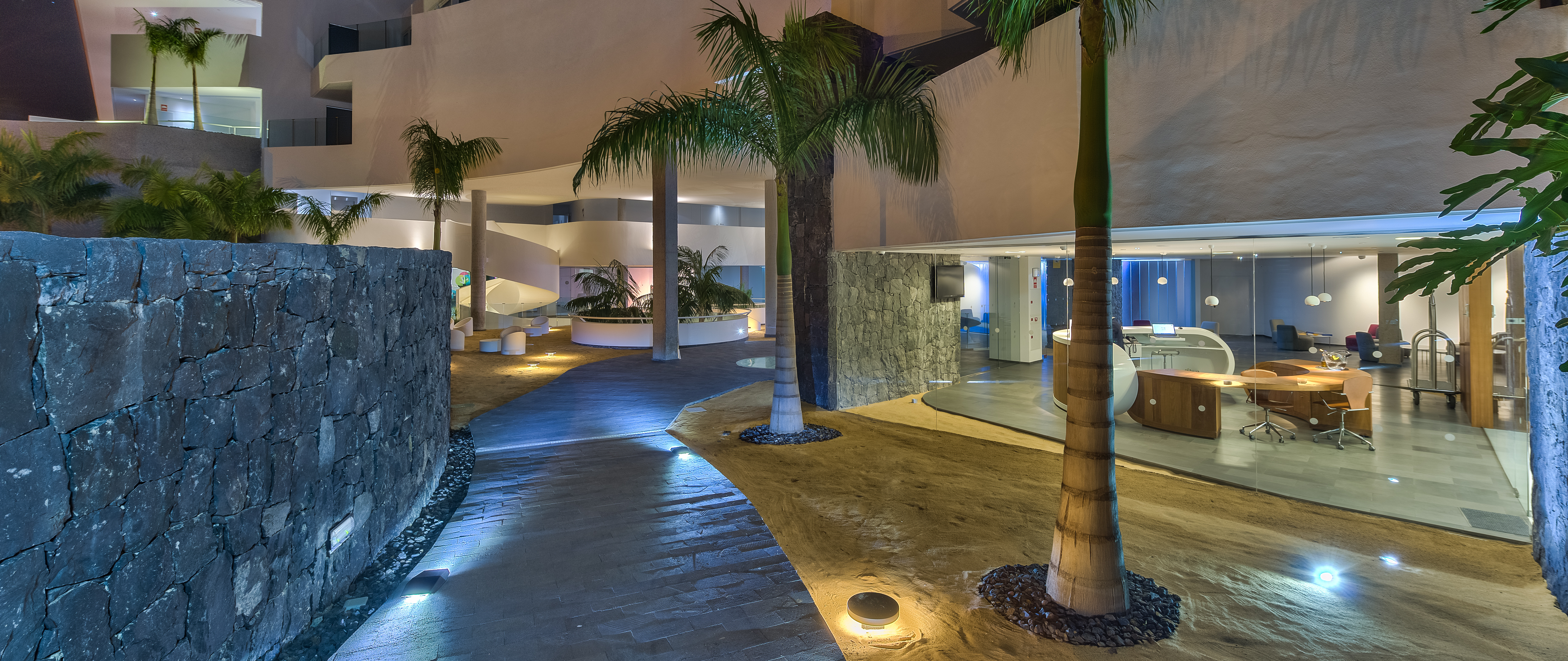 baobab-suites-entrance