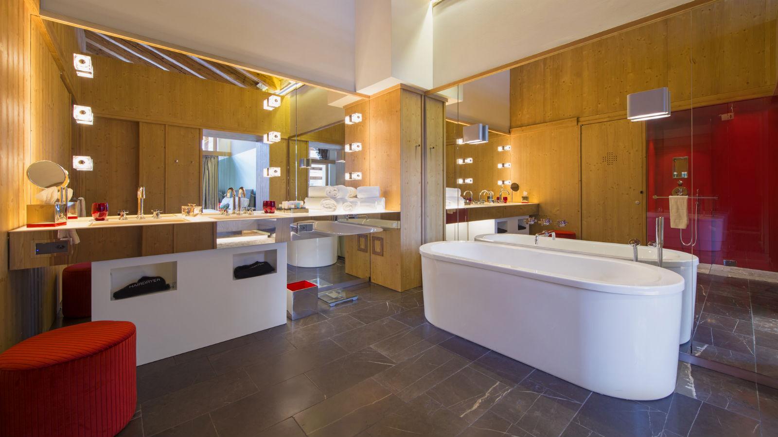 W-Verbier-Spectacular-Suite-Bathroom