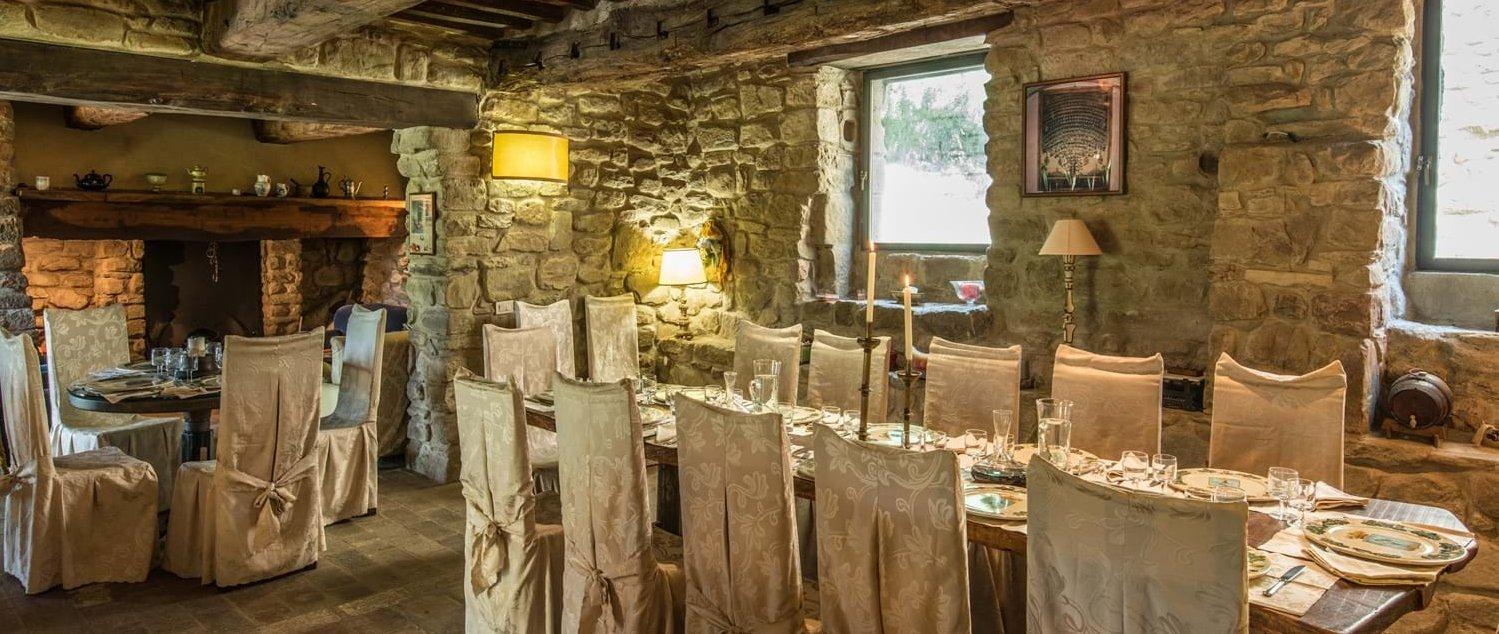 borgo-san-biagio-indoor-dining