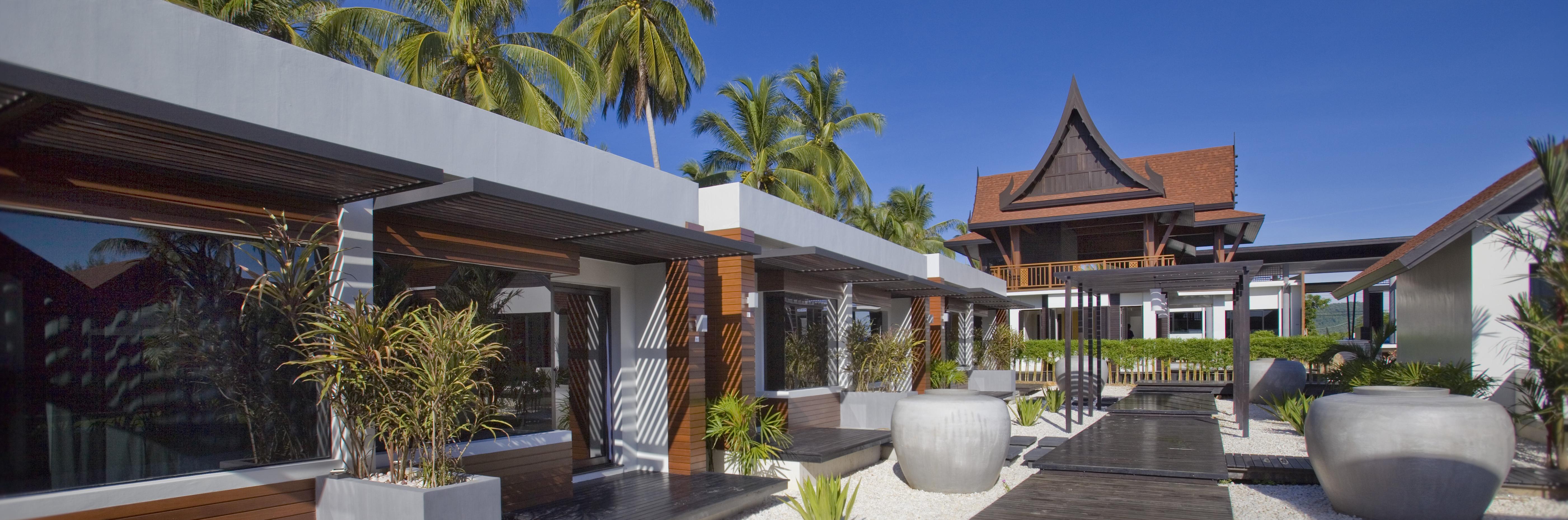 aava-resort-deluxe-bungalow-exterior