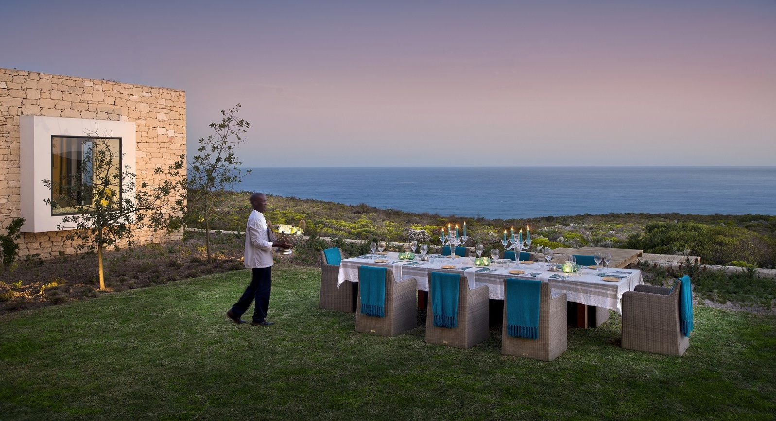 Morukuru-Ocean-House-dining