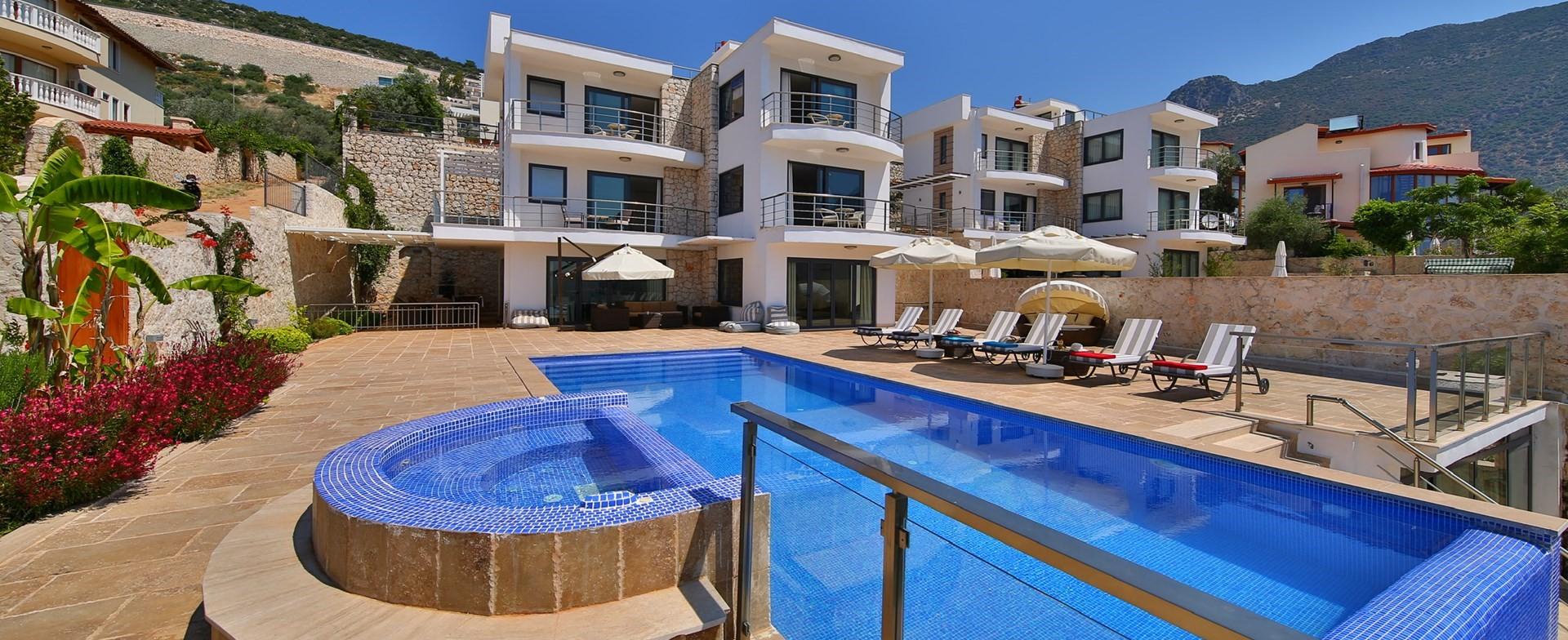 modern-5-bedroom-villa-ecrin-kalkan