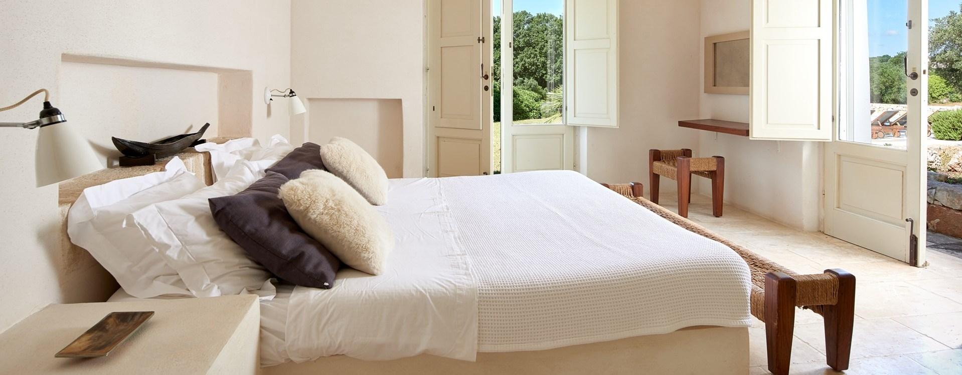 master-bedroom-la-moresca