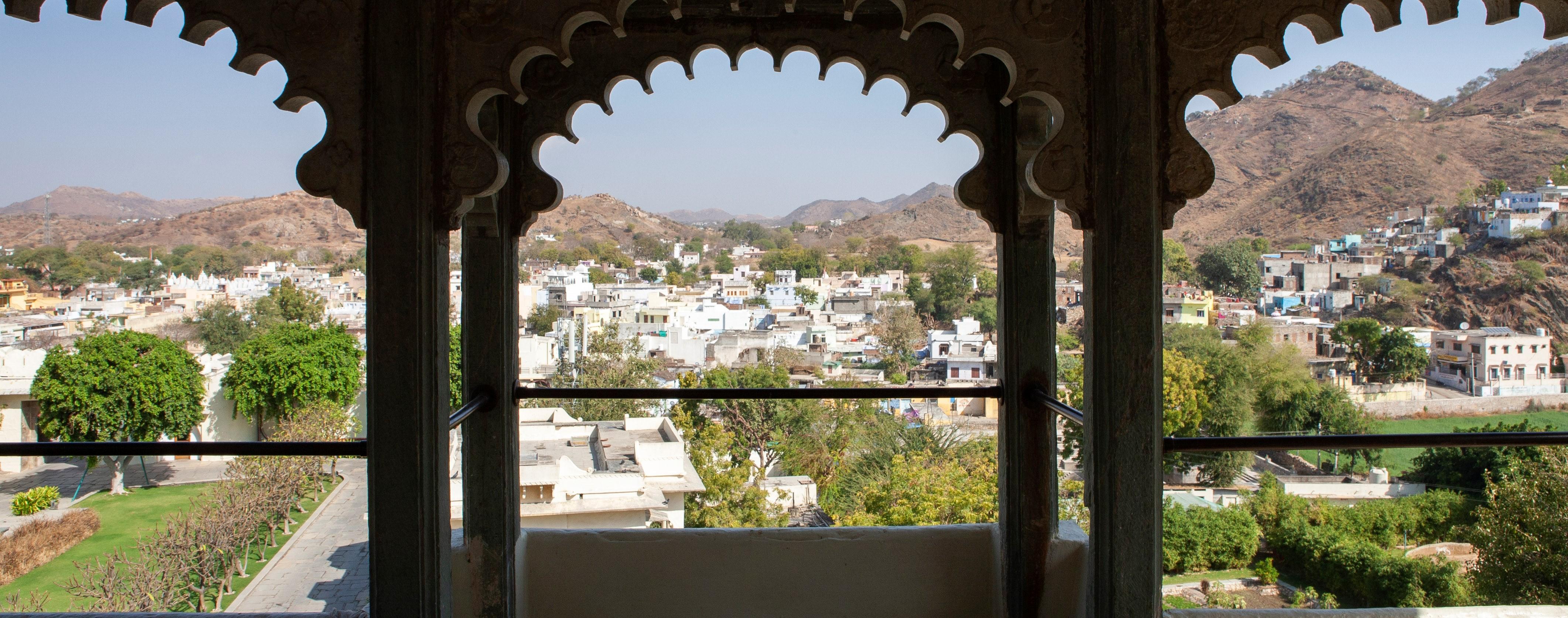 raas-devigarh-Rooftop-balcony