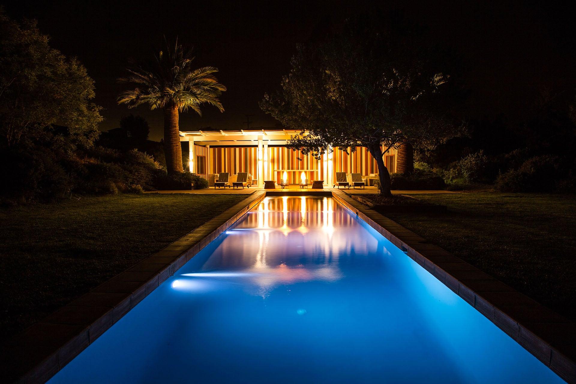 Matetic-La-Casona-pool-night