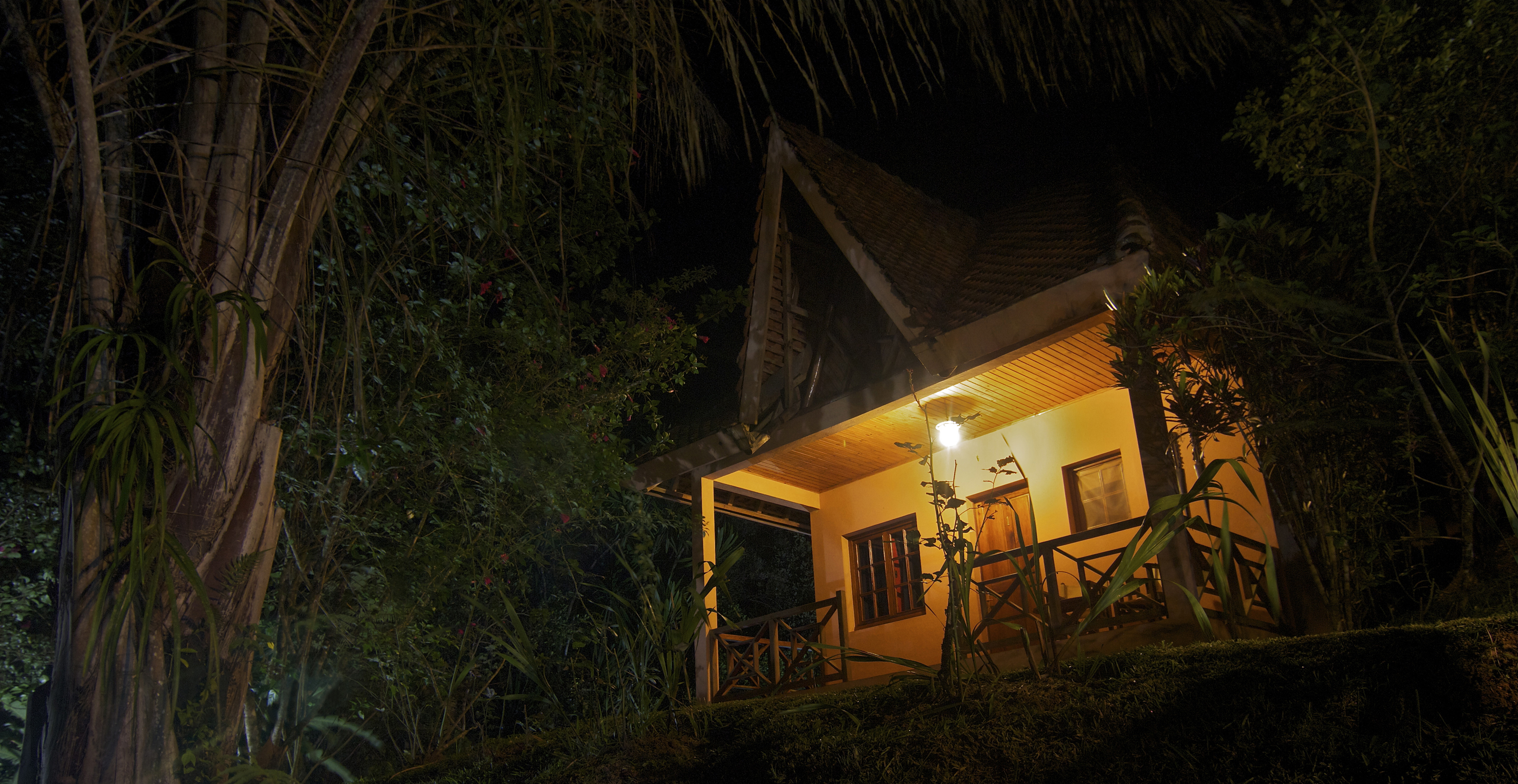 vakona-forest-lodge-cottage-night