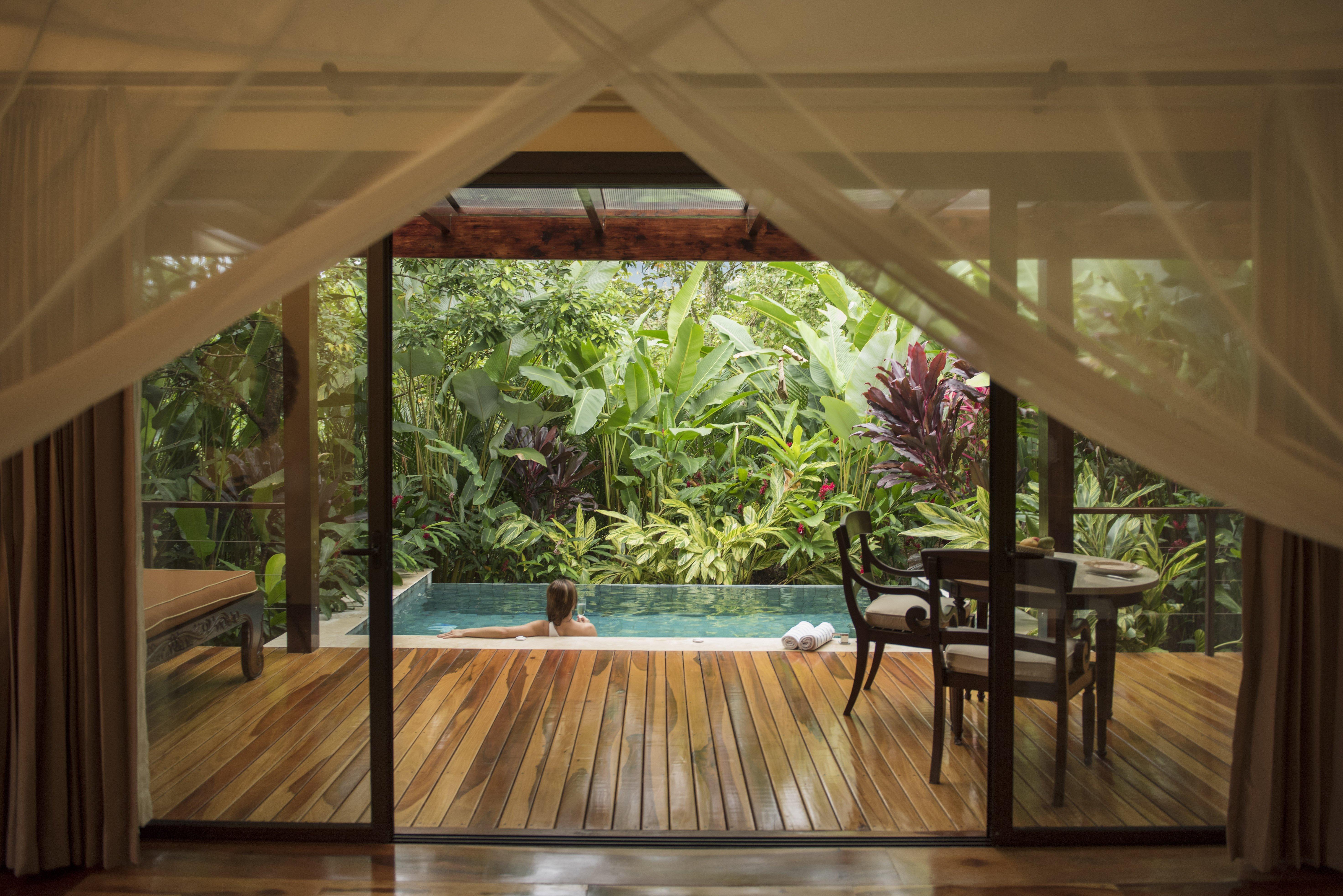 villa-plunge-pool-nayara-springs
