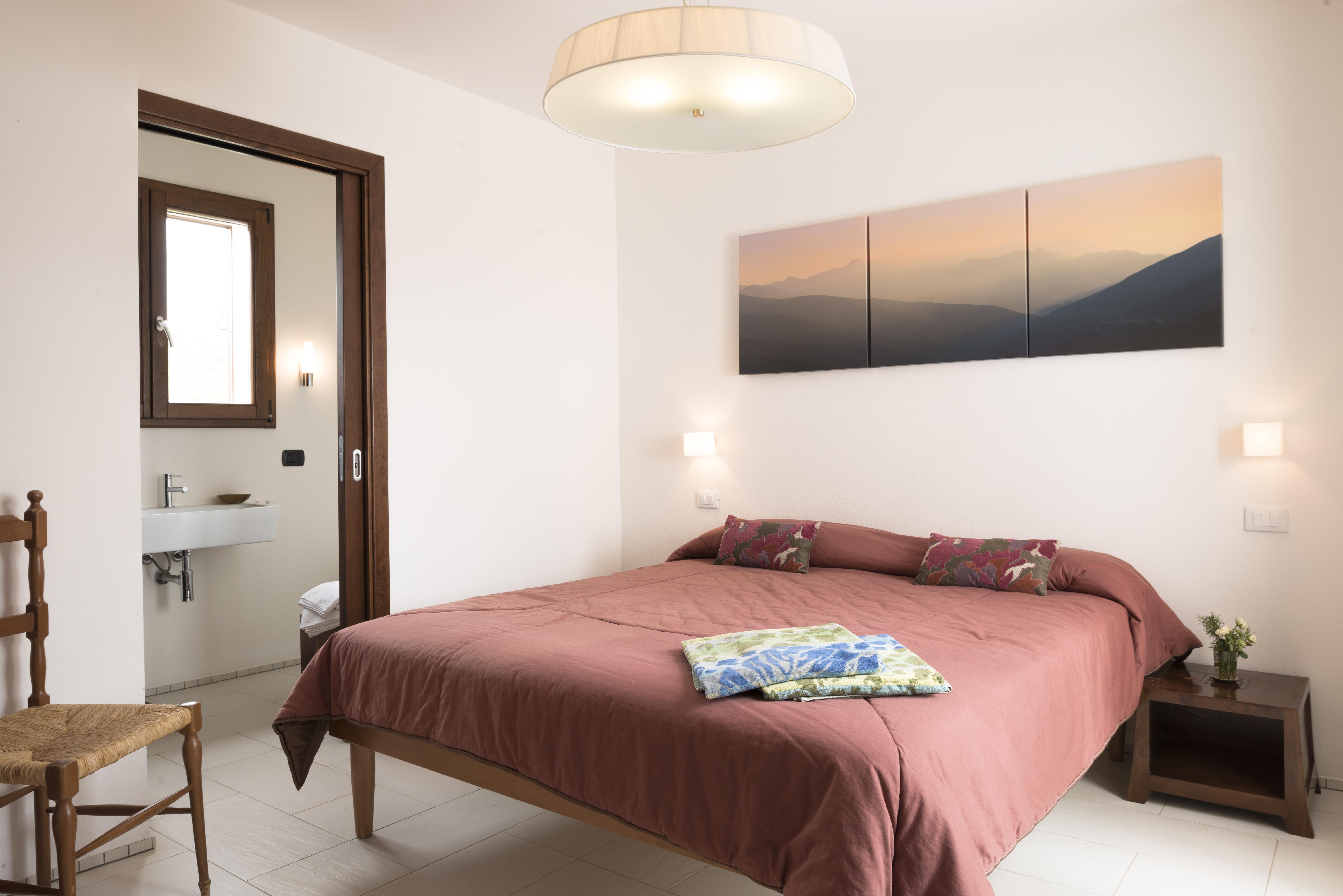 family-villa-bedroom-sardinia