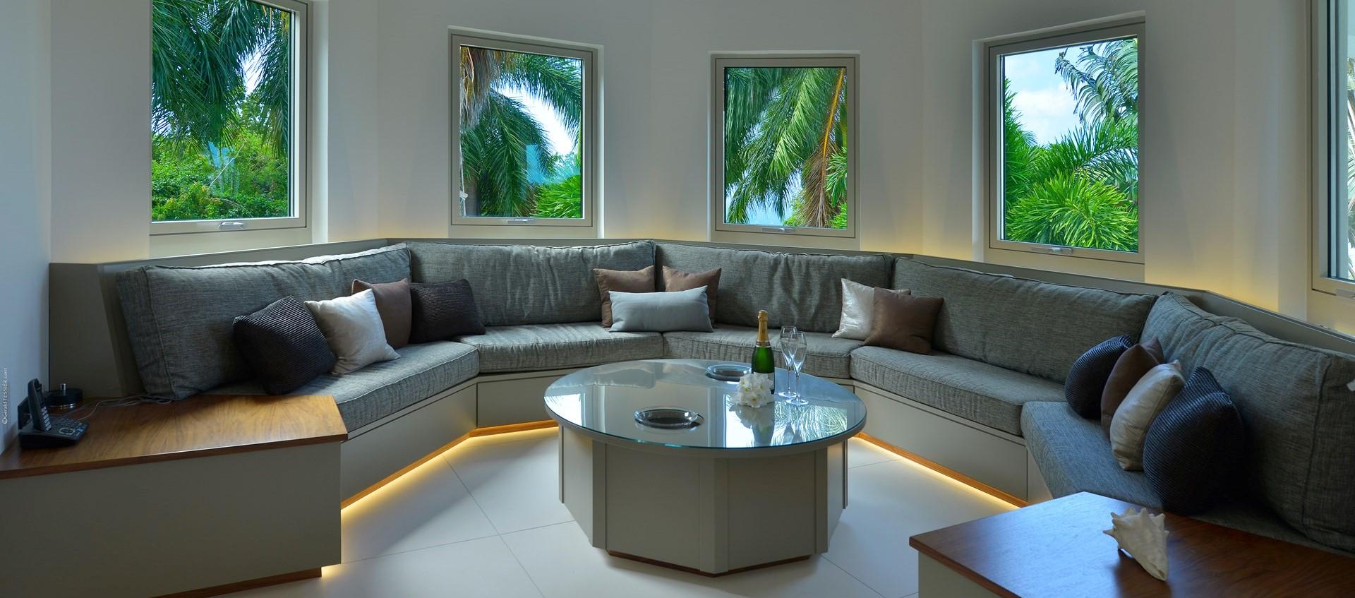 retreat-villa-nevis-lounge