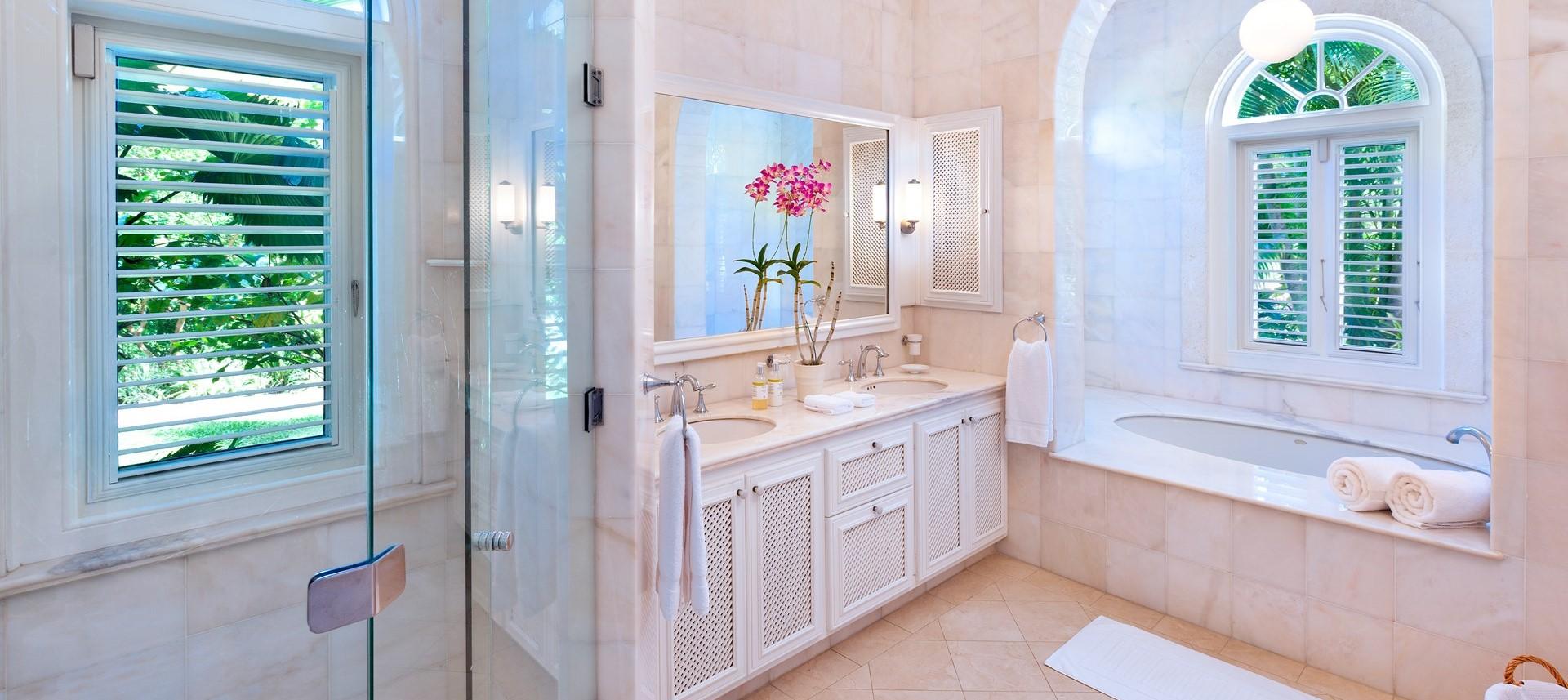 villa-gardenia-barbados-bedroom-2-bathro