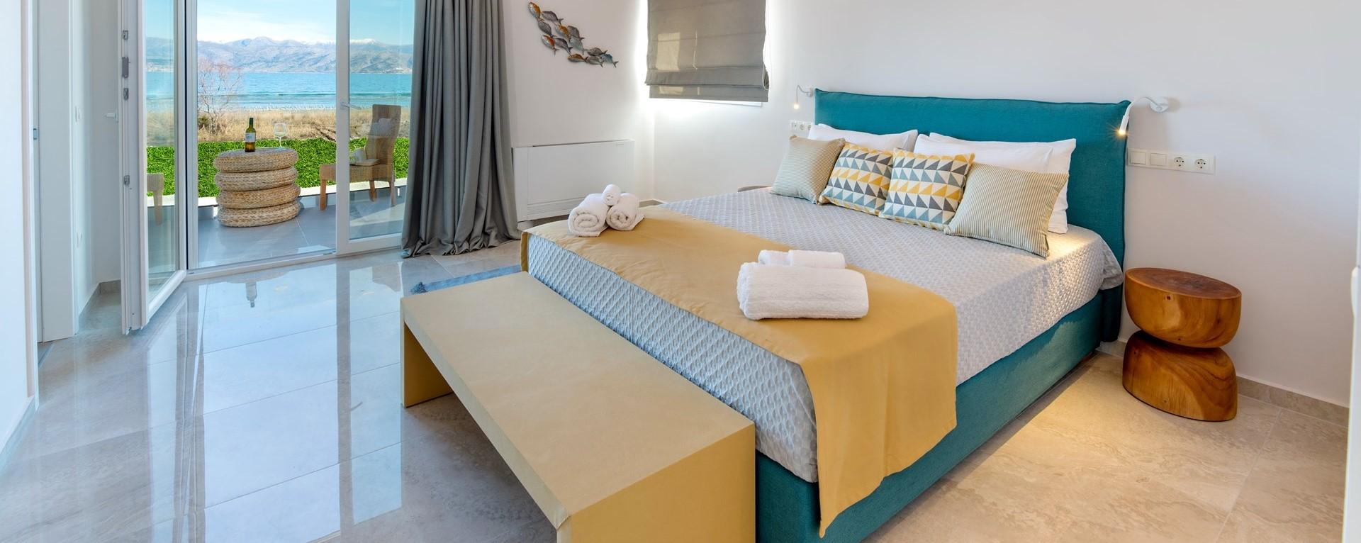 nero-beach-house-master-bedroom