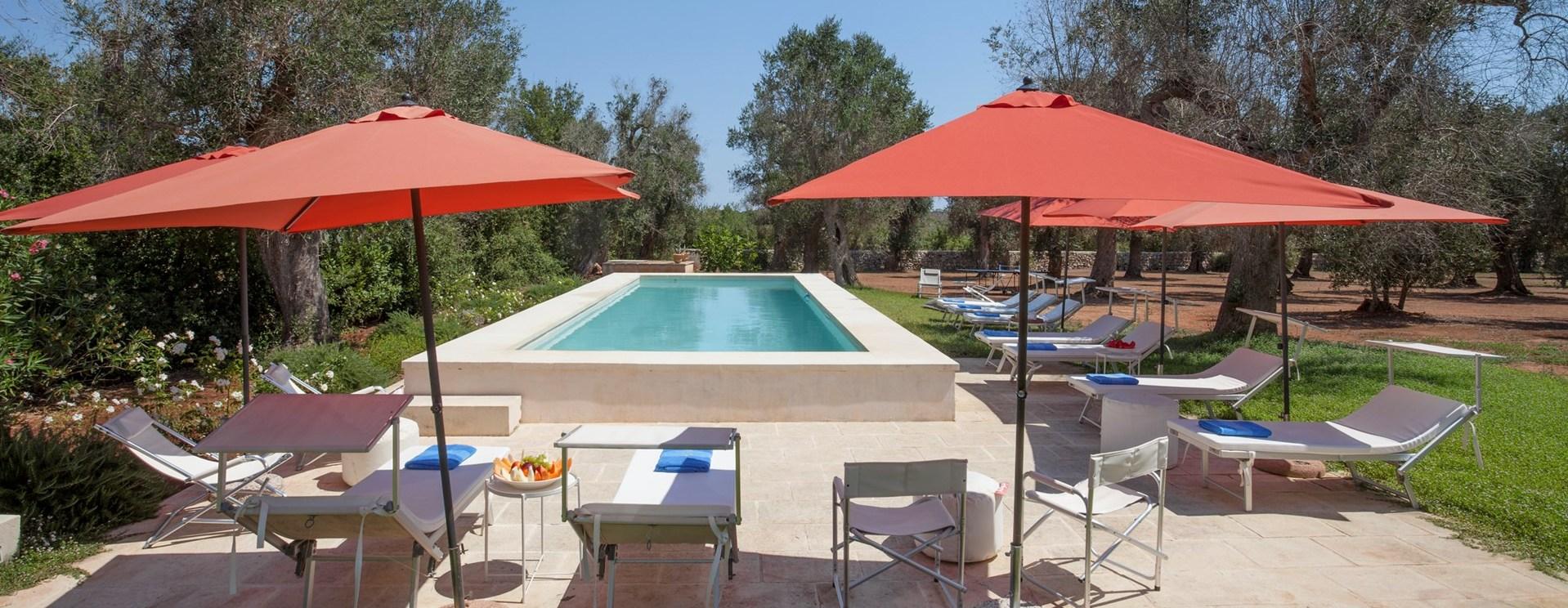 luxury-6-bed-pool-villa-puglia