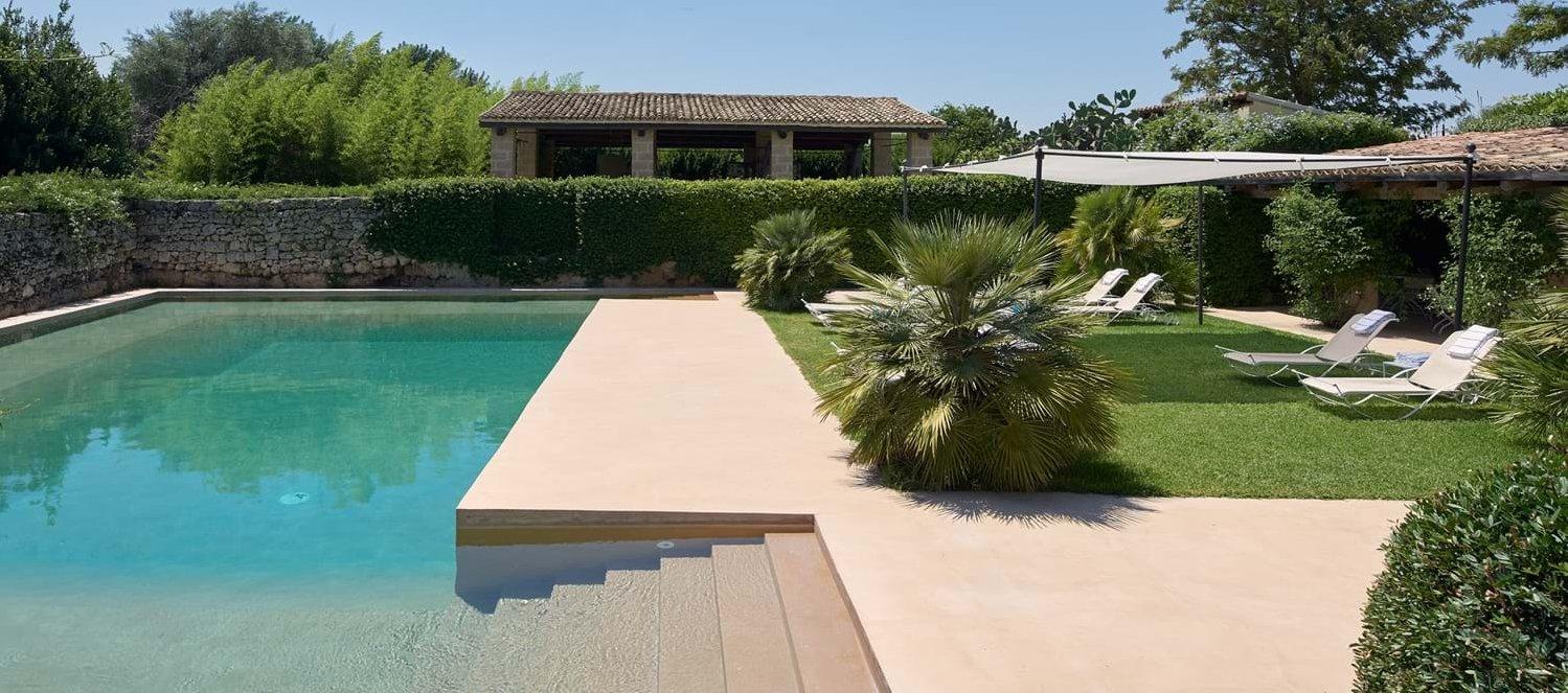 villa-la-dimora-sicily-pool