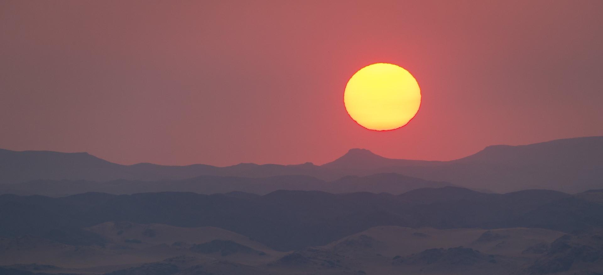 damaraland_namibia_sunrise