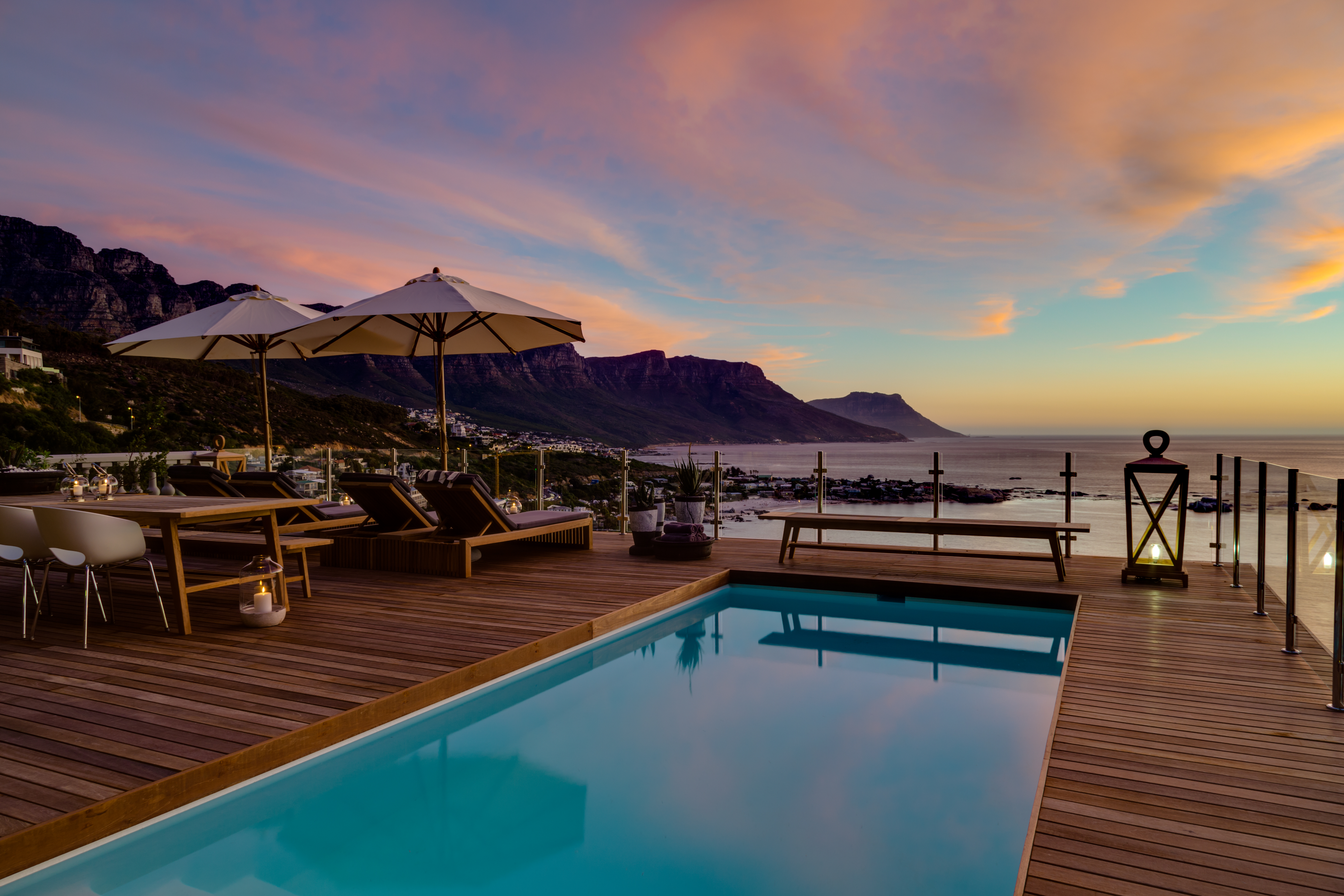 pool-deck-cape-view-clifton