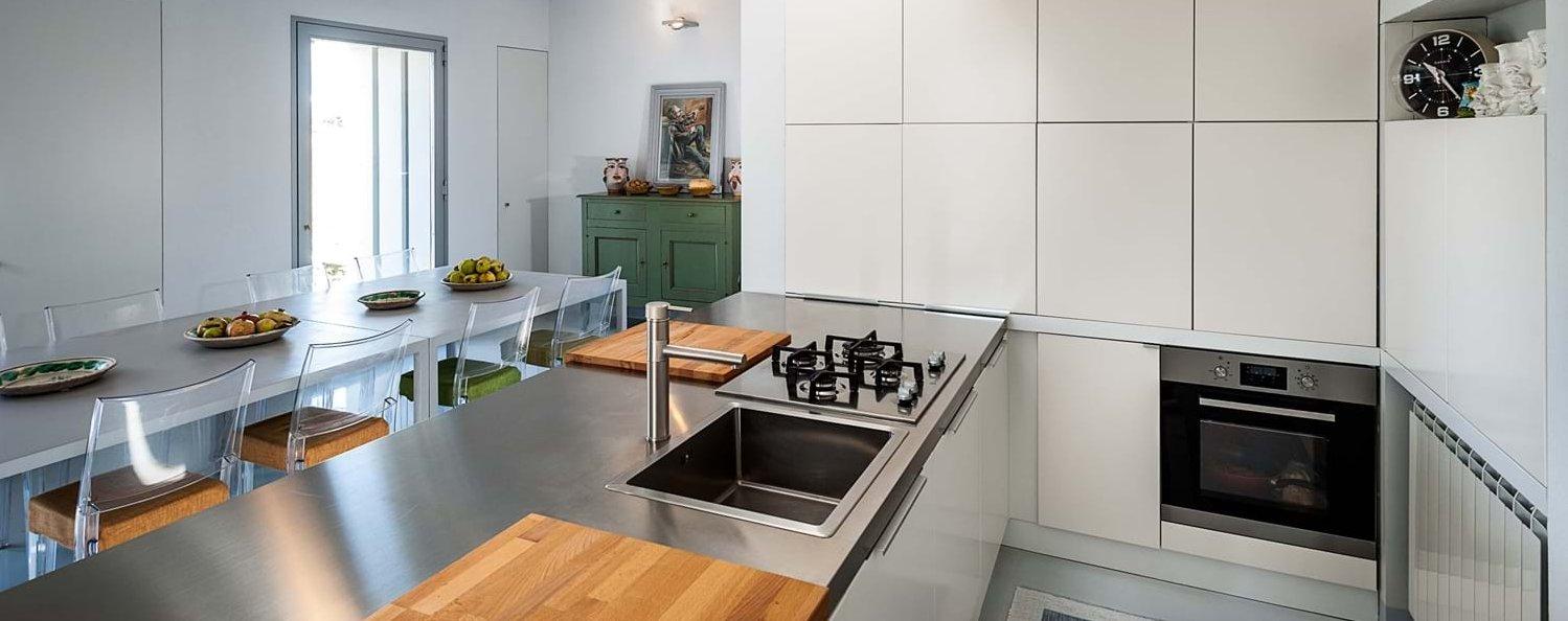 casa-iblea-sicily-modern-kitchen