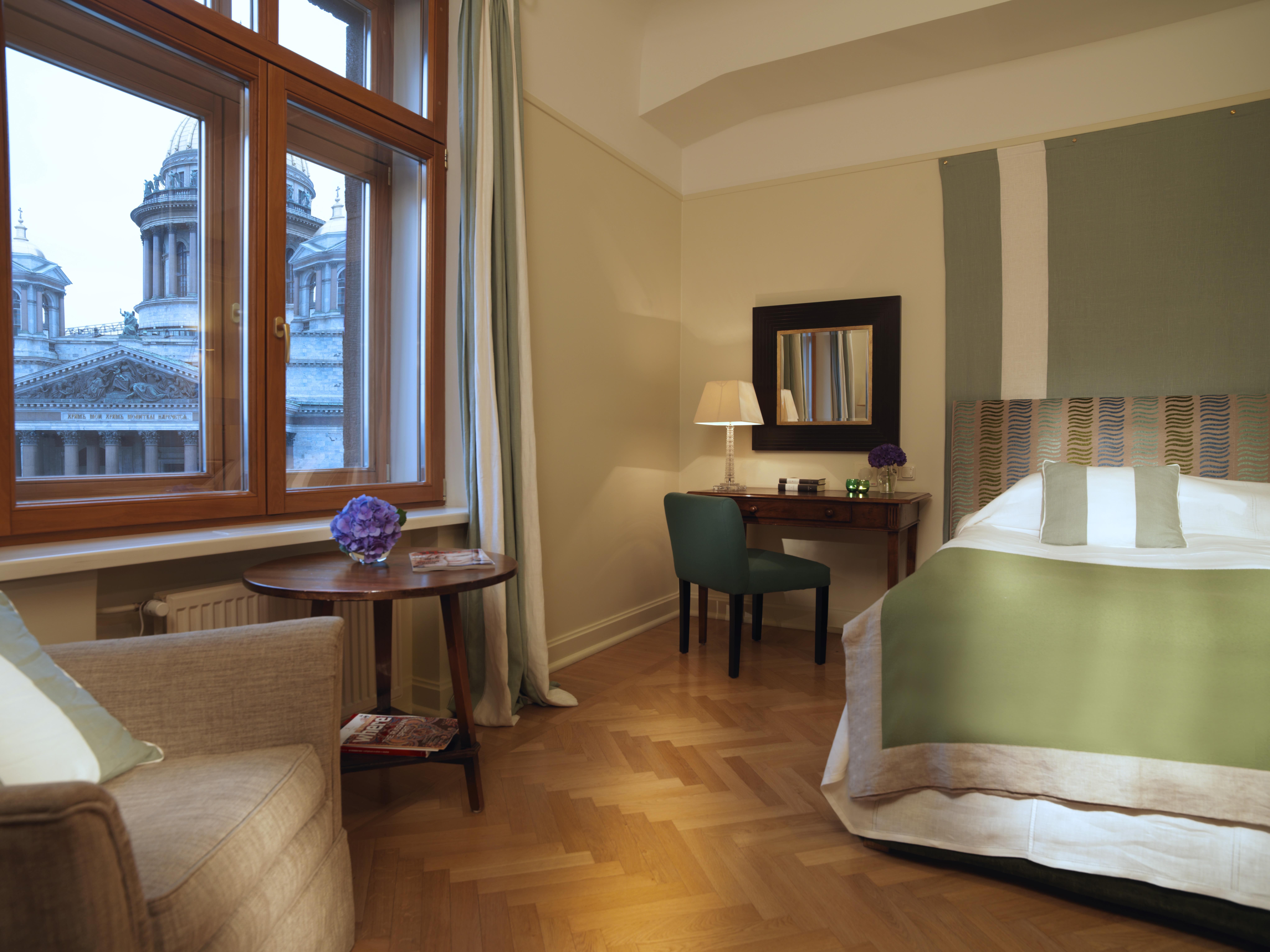 luxury-hotel-st-petersburg-russia