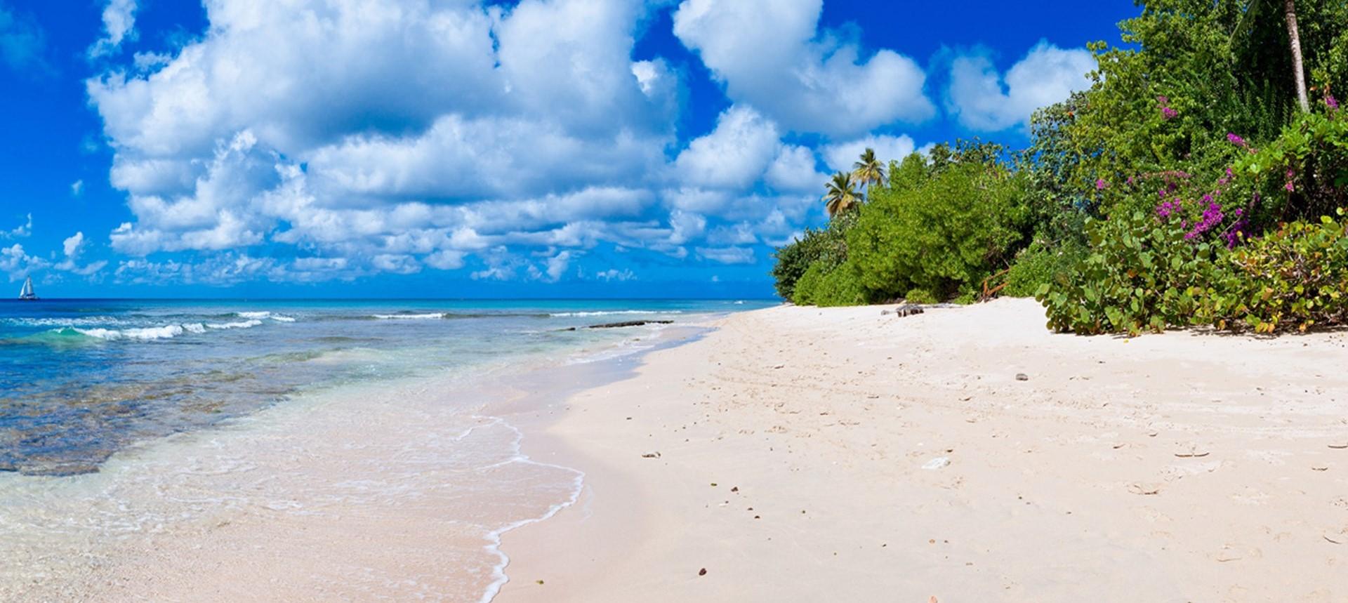 villa-gardenia-barbados-beach