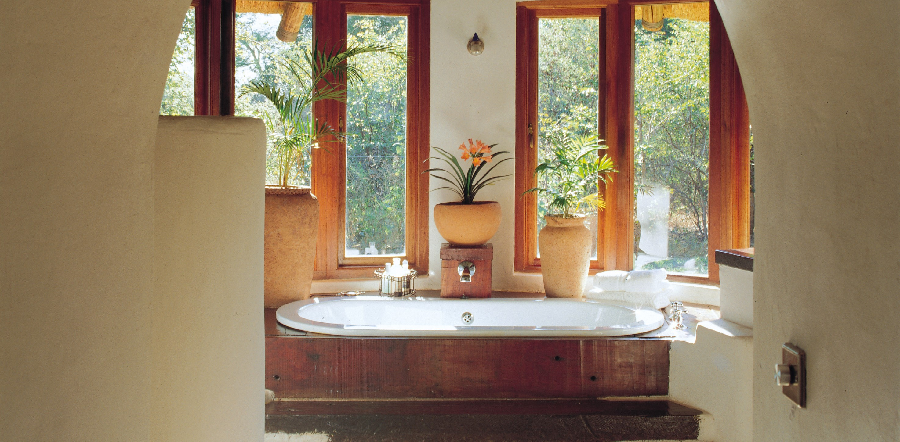 tangala-house-ensuite-bathroom