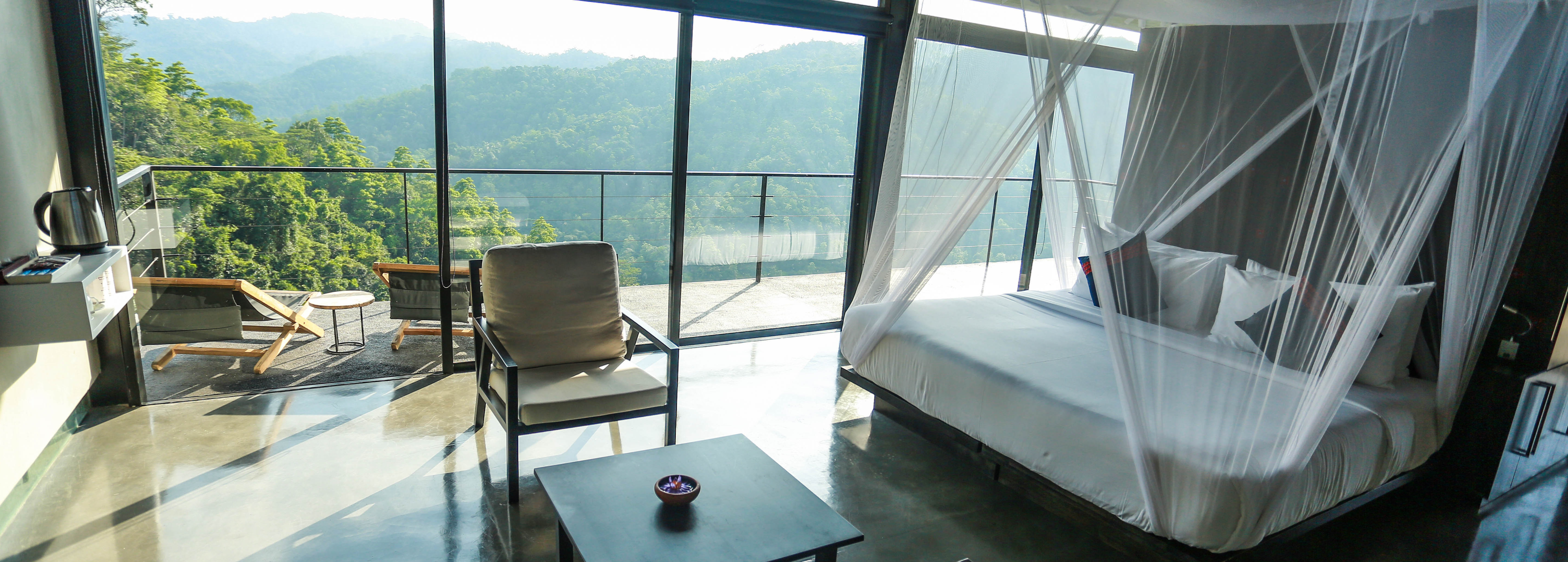 santani-mountain-view-bedroom