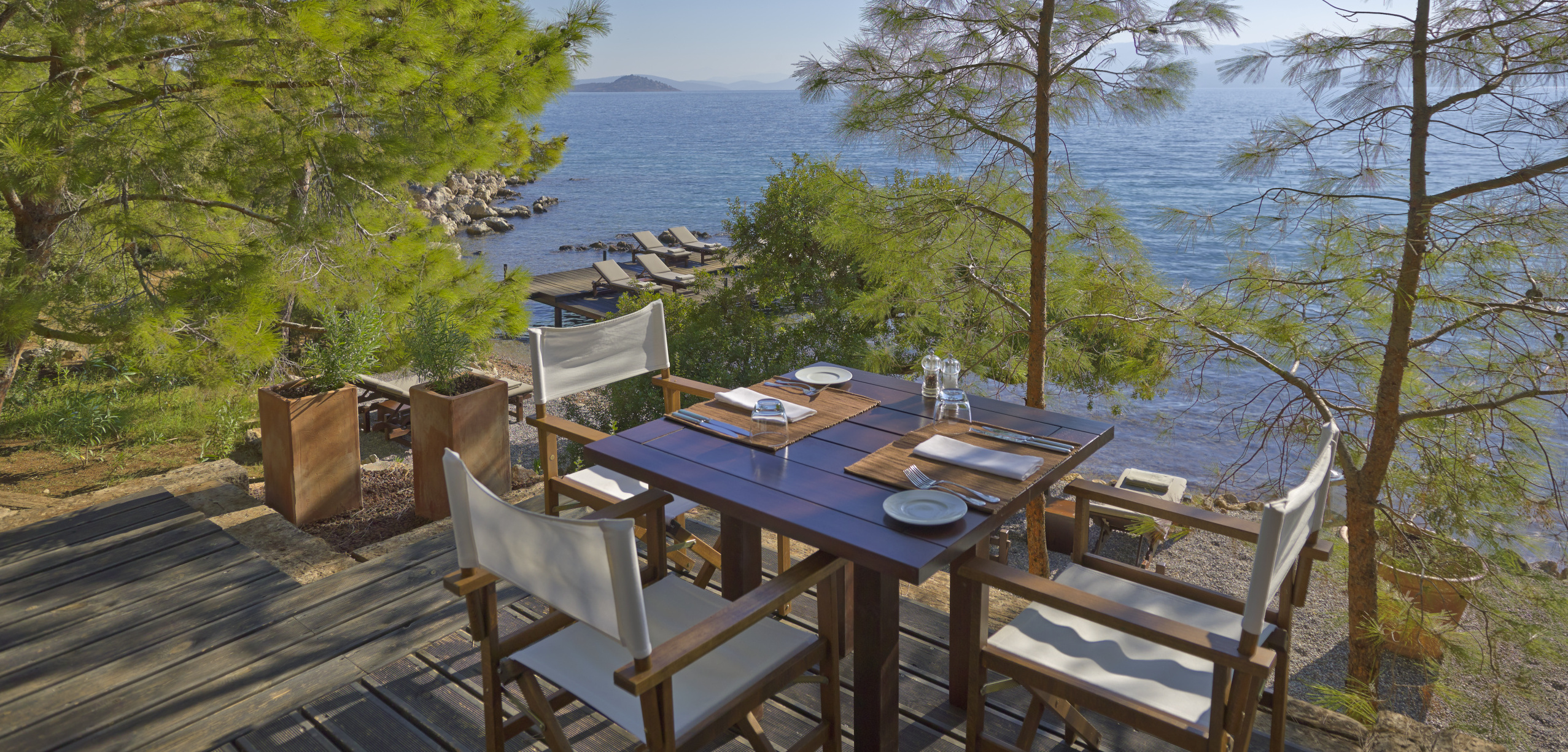 Amanruya-Beach-Club-Dining e_High