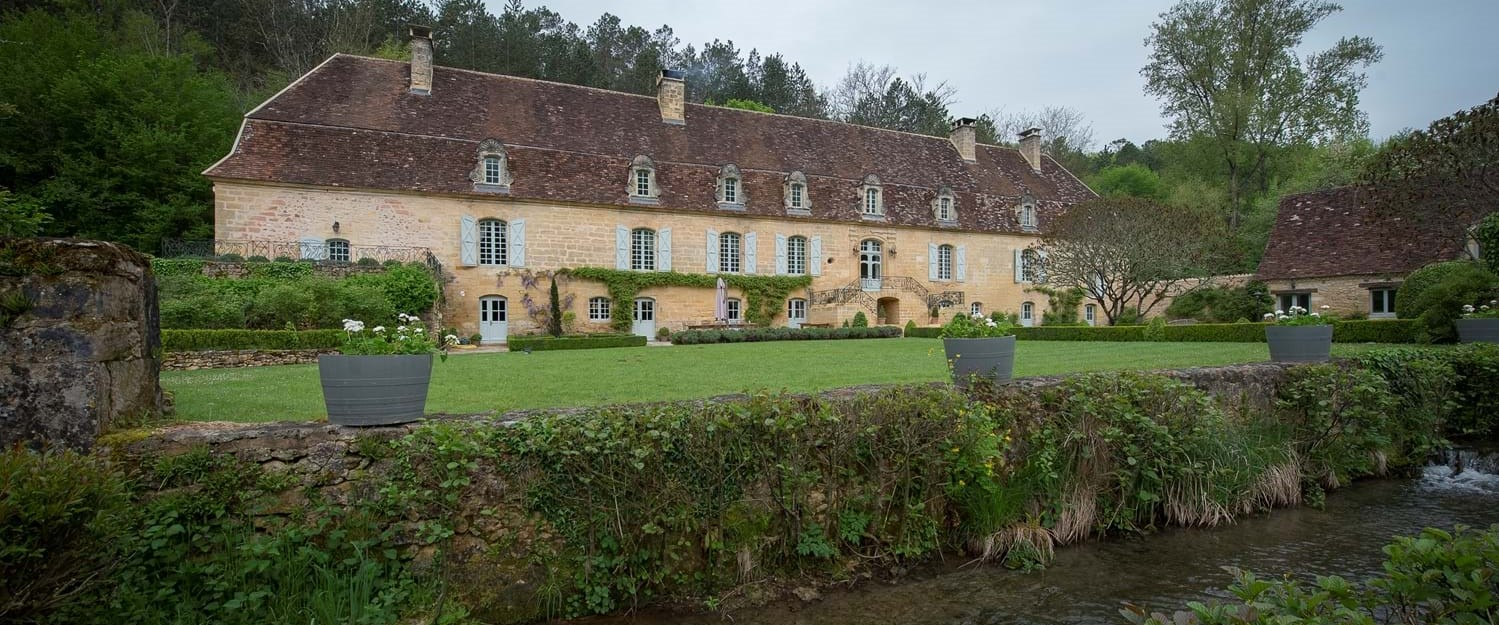 10-bedroom-chateau-dordogne