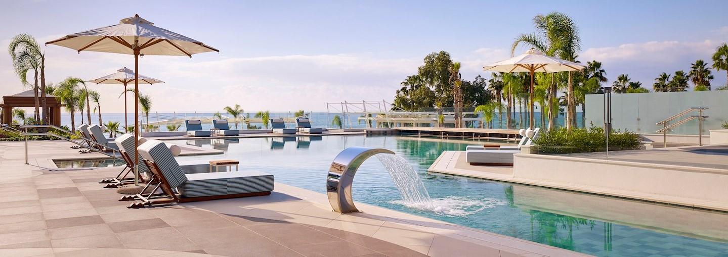 parklane-hotel-cyprus-adults-pool