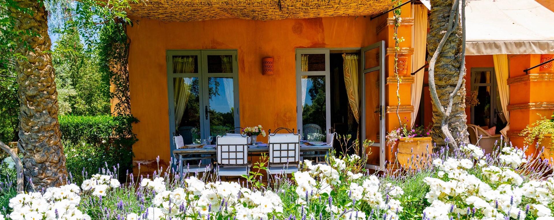 villa-dar-tourtite-outdoor-dining