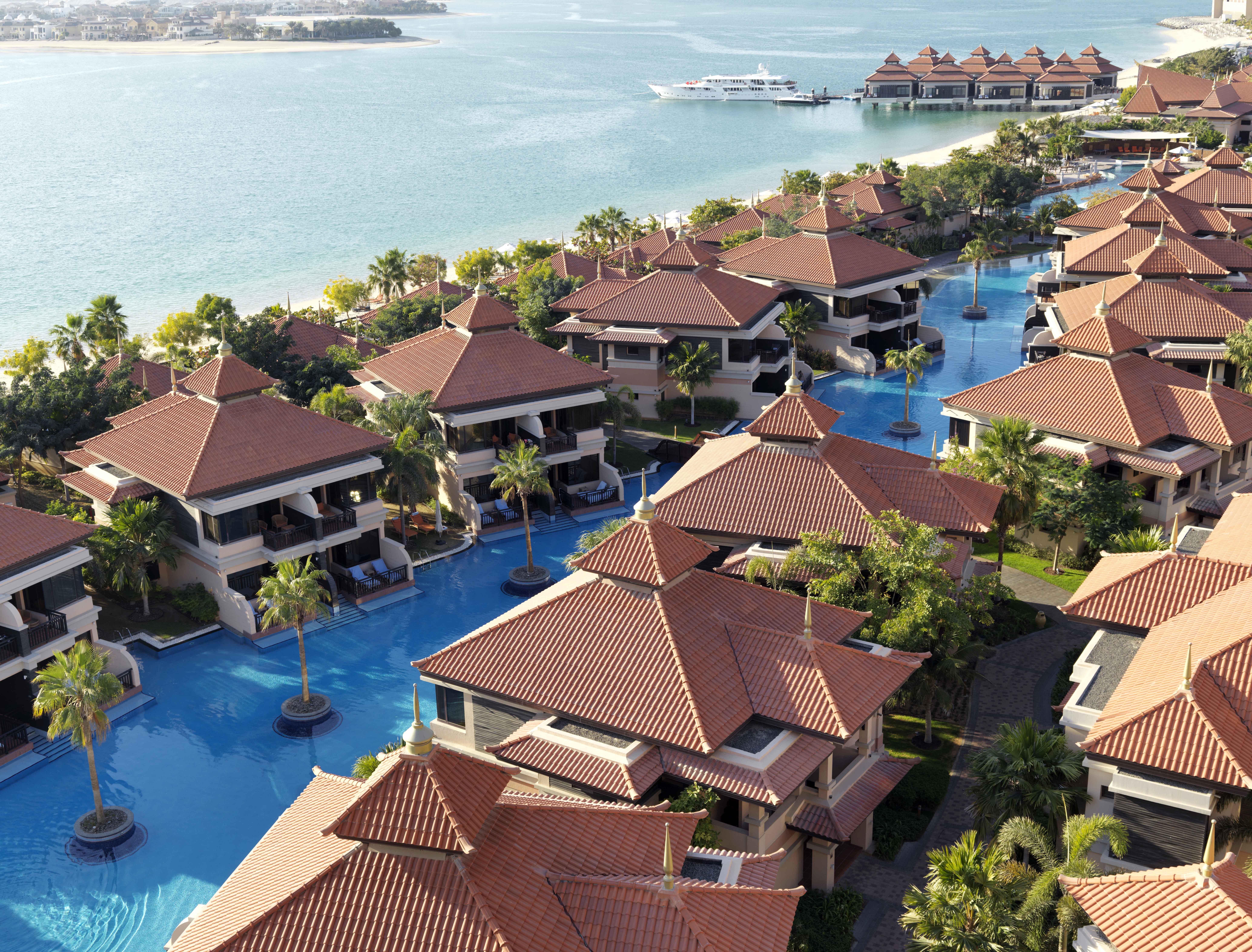 Hi_ADPJ_72945809_Resort_Lagoon_View