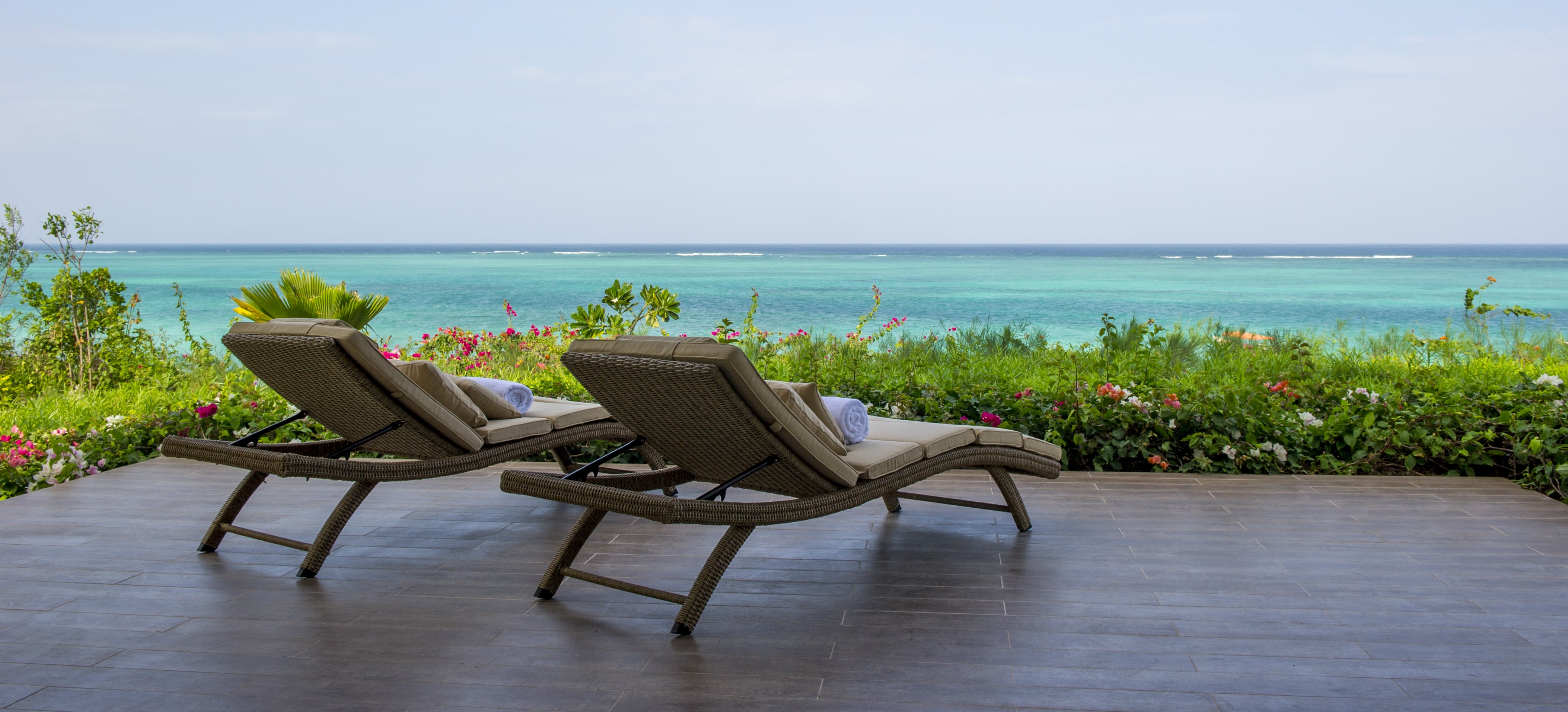zawadi-luxury-villa-terrace