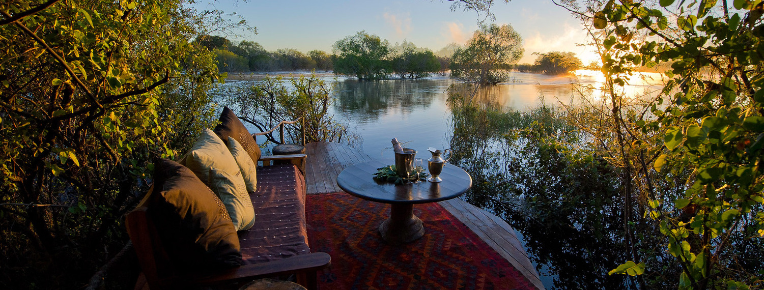 dawn-on-sindabezi-island-zambezi