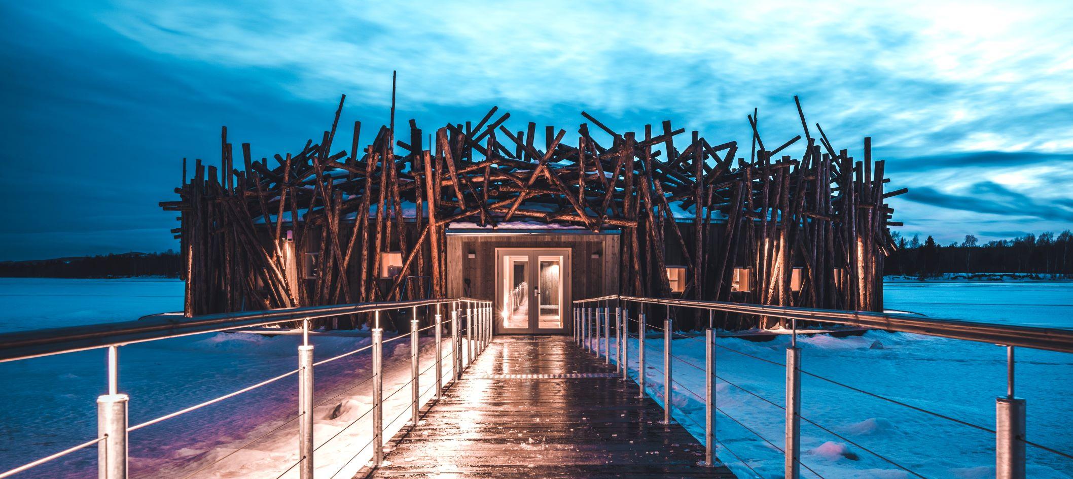 arctic-bath-hotel-exterior